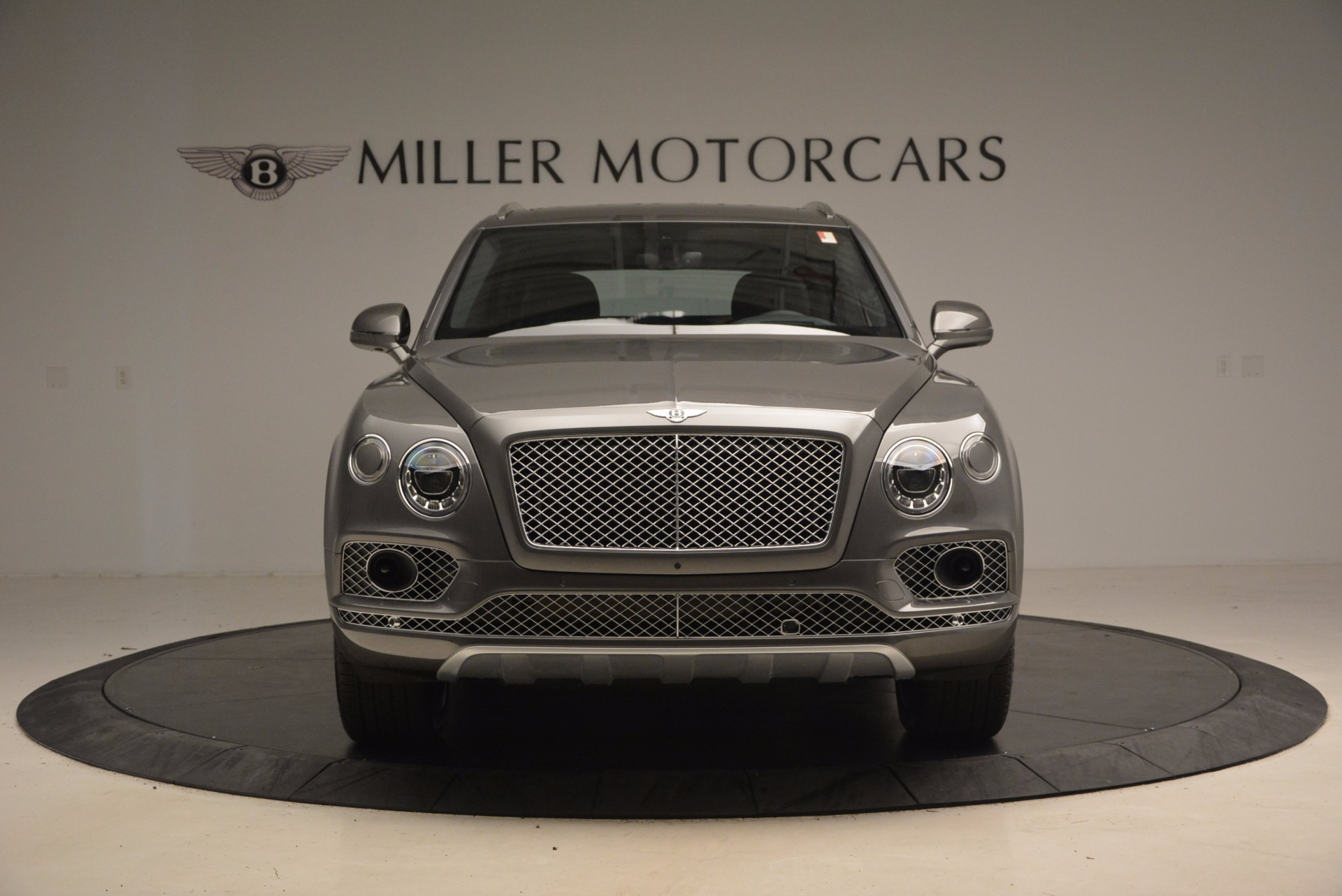 New 2018 Bentley Bentayga Activity Edition-Now with seating for 7!!! For Sale In Greenwich, CT 1396_p13