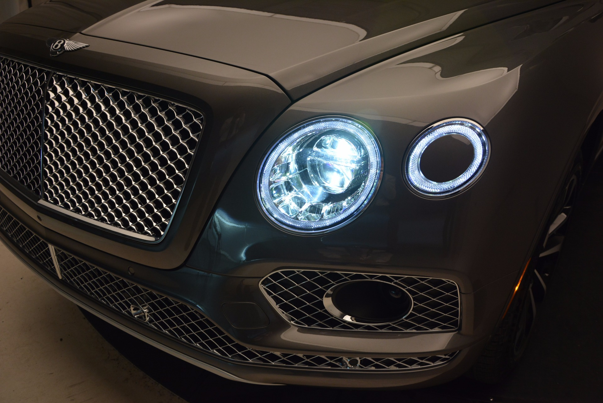 New 2018 Bentley Bentayga Activity Edition-Now with seating for 7!!! For Sale In Greenwich, CT 1396_p19
