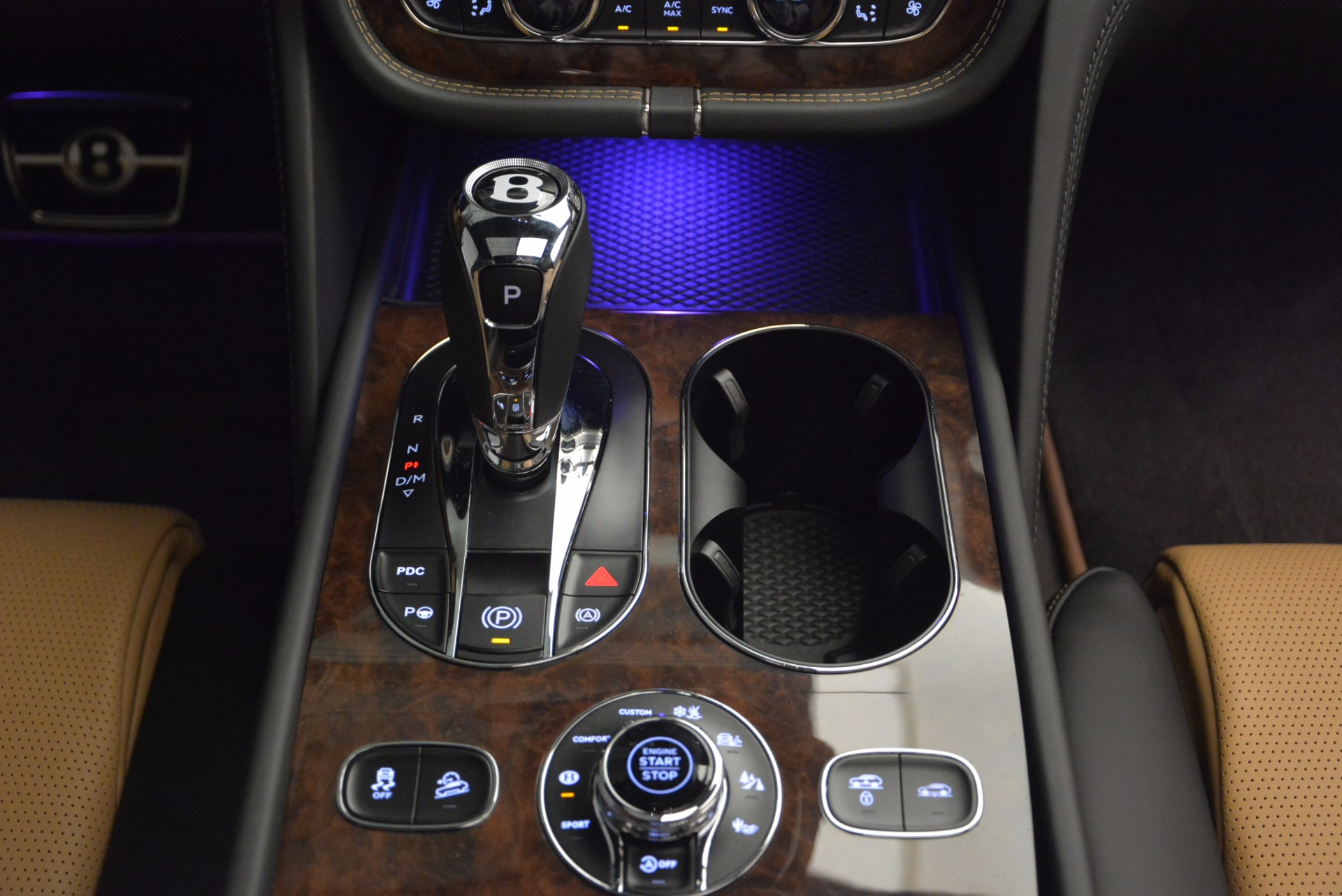 New 2018 Bentley Bentayga Activity Edition-Now with seating for 7!!! For Sale In Greenwich, CT 1396_p50