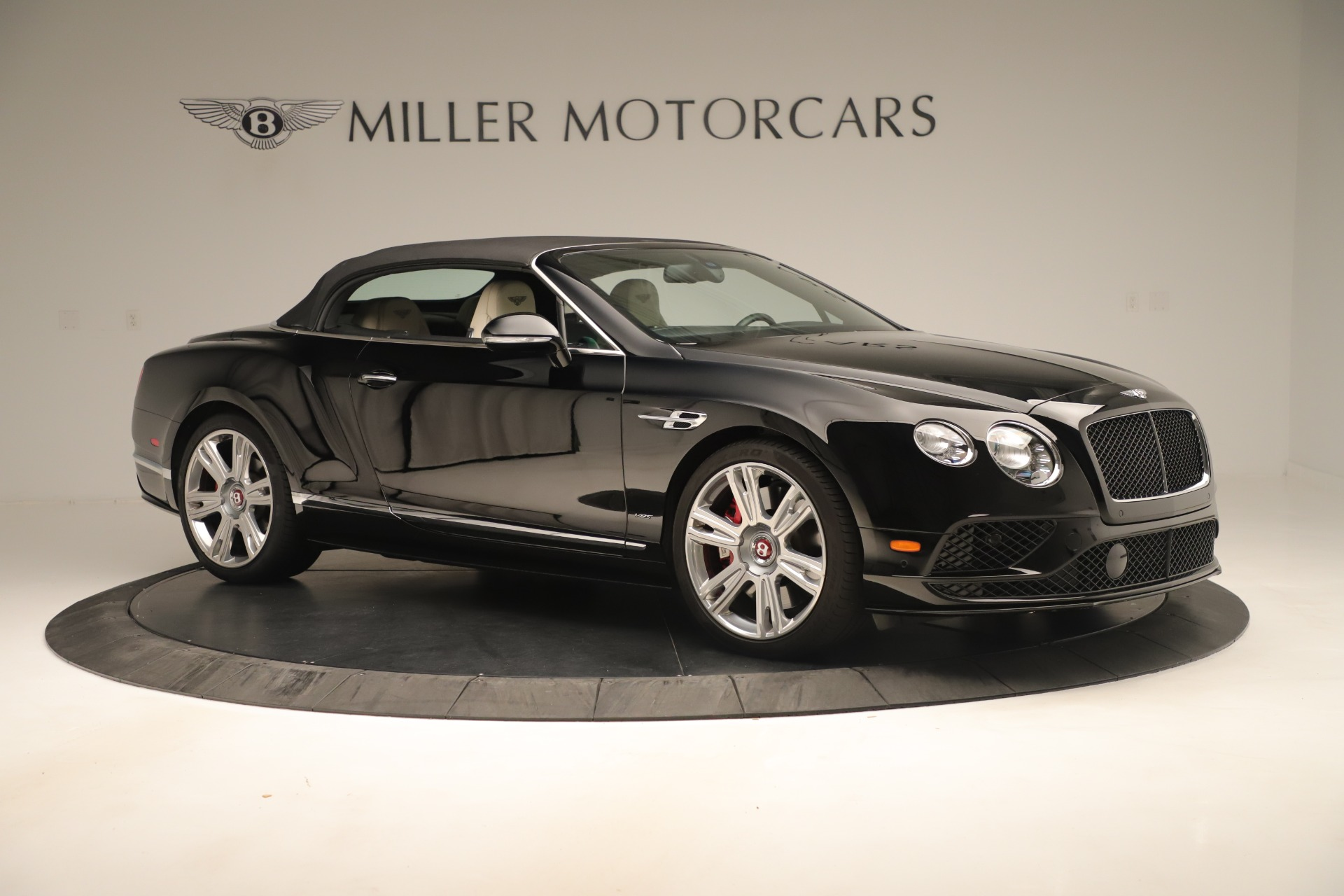 Used 2016 Bentley Continental GT V8 S Convertible  For Sale In Greenwich, CT 14_p19