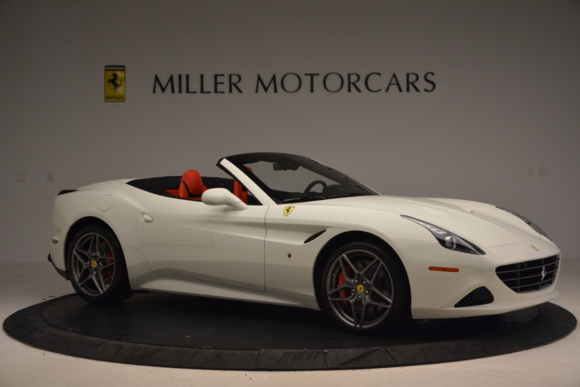 Used 2017 Ferrari California T  For Sale In Greenwich, CT 1412_p10