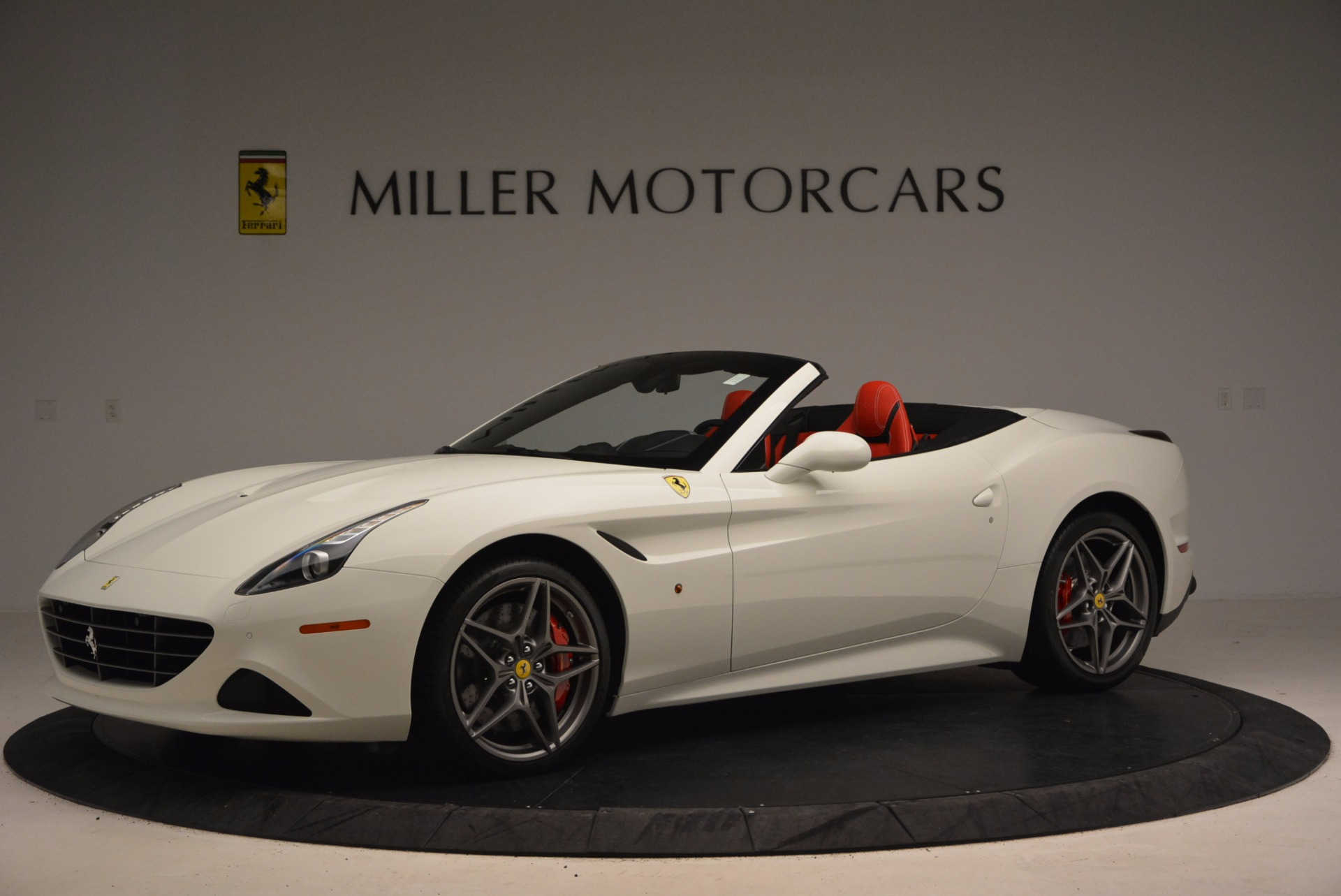 Used 2017 Ferrari California T  For Sale In Greenwich, CT 1412_p2