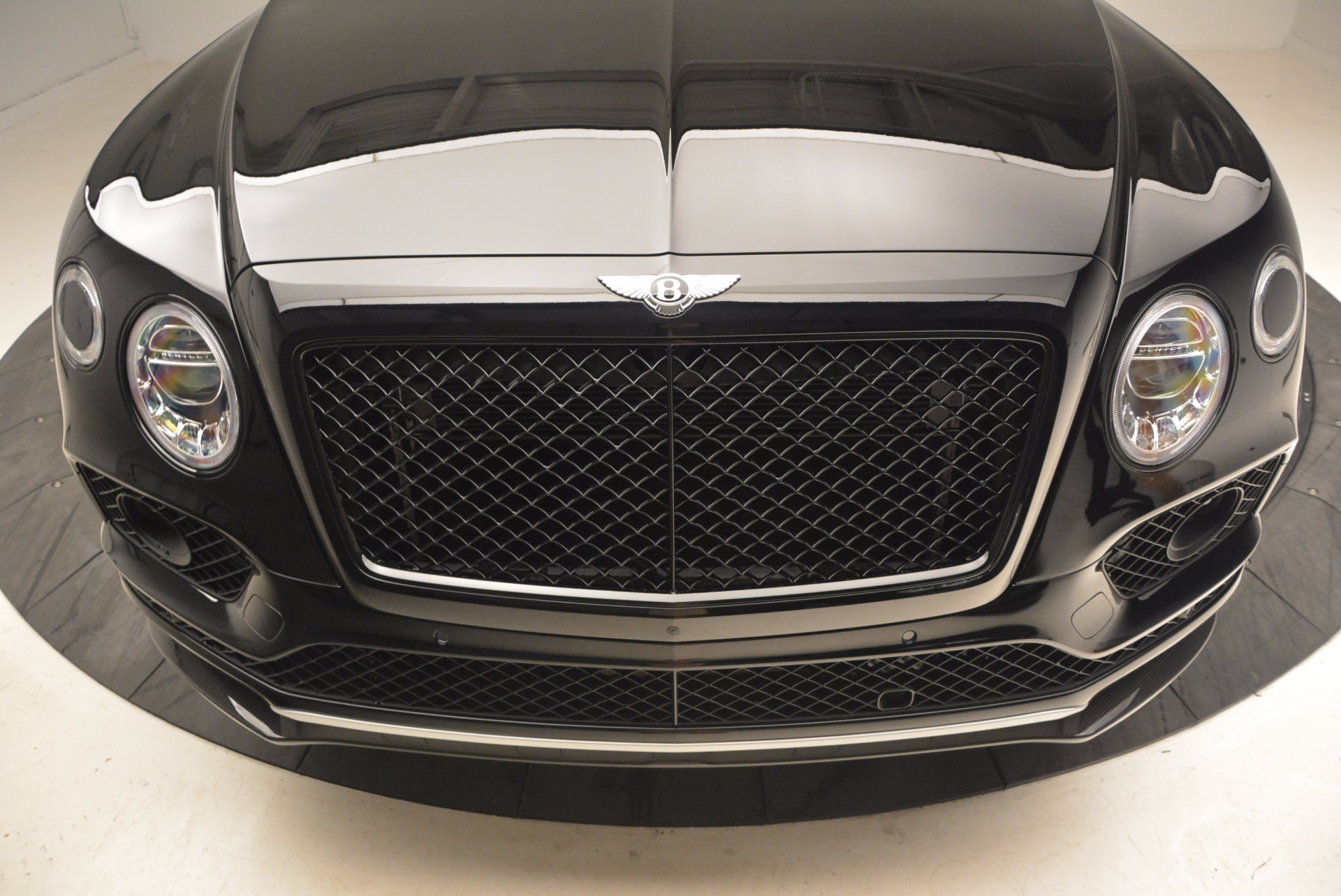 New 2018 Bentley Bentayga Black Edition For Sale In Greenwich, CT 1418_p14