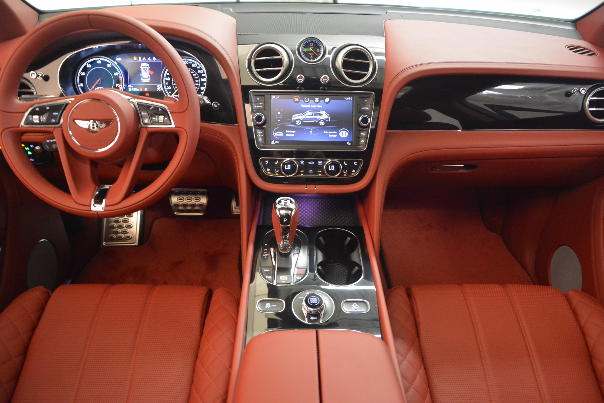 New 2018 Bentley Bentayga Black Edition For Sale In Greenwich, CT 1418_p36