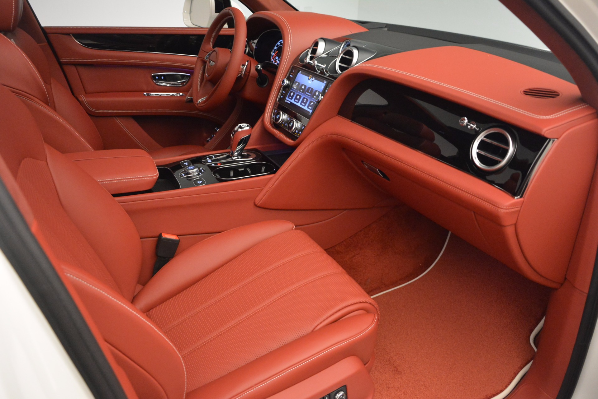 New 2018 Bentley Bentayga Onyx For Sale In Greenwich, CT 1425_p43