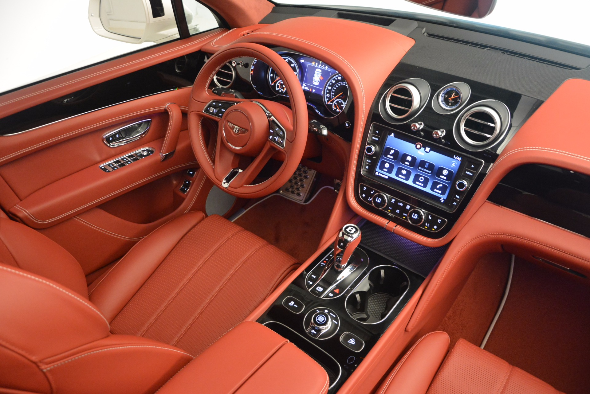 New 2018 Bentley Bentayga Onyx For Sale In Greenwich, CT 1425_p47