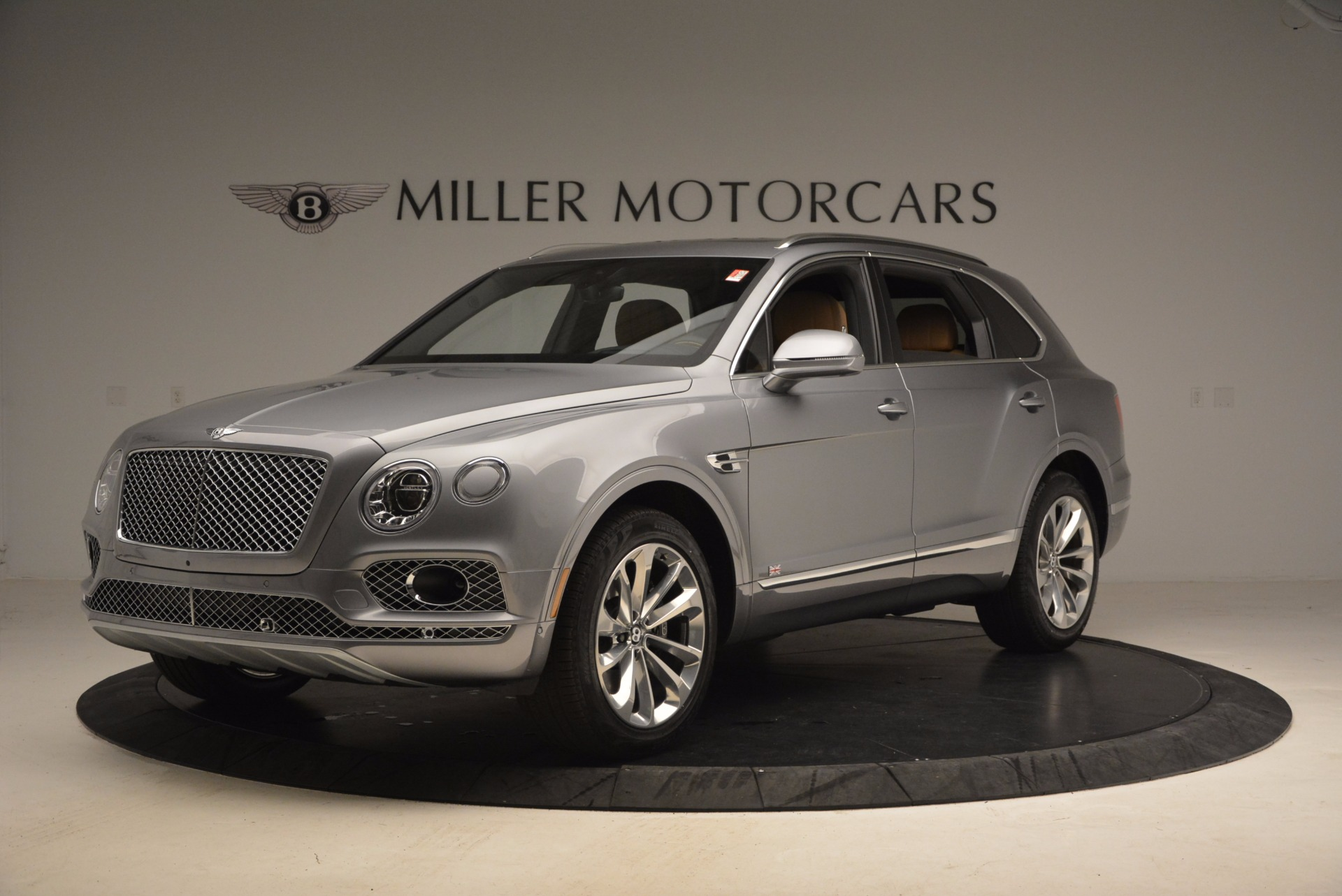 New 2018 Bentley Bentayga  For Sale In Greenwich, CT 1426_p2