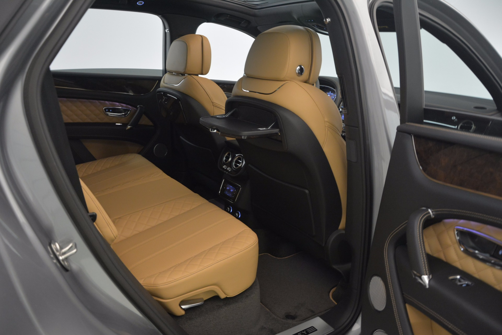 New 2018 Bentley Bentayga  For Sale In Greenwich, CT 1426_p47