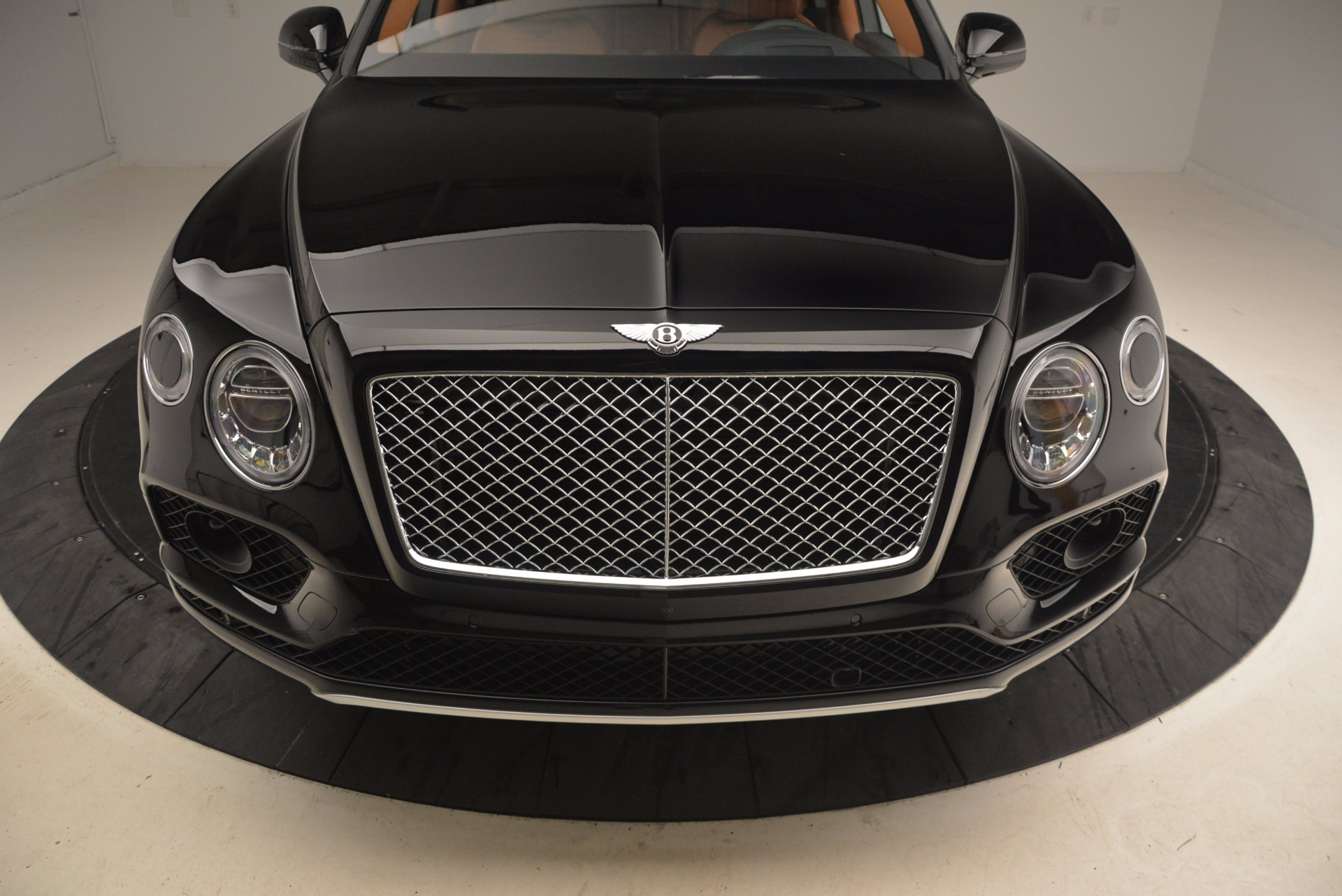New 2018 Bentley Bentayga Onyx For Sale In Greenwich, CT 1428_p13