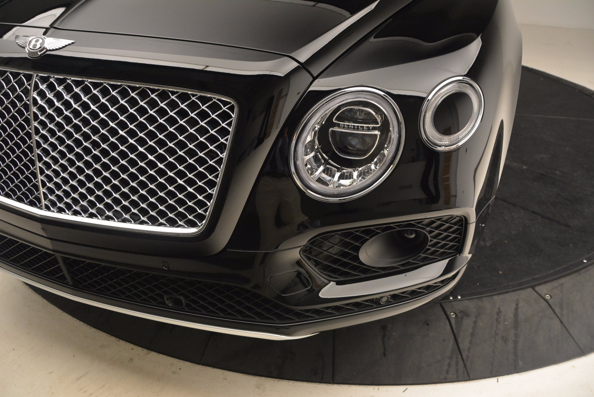 New 2018 Bentley Bentayga Onyx For Sale In Greenwich, CT 1428_p14