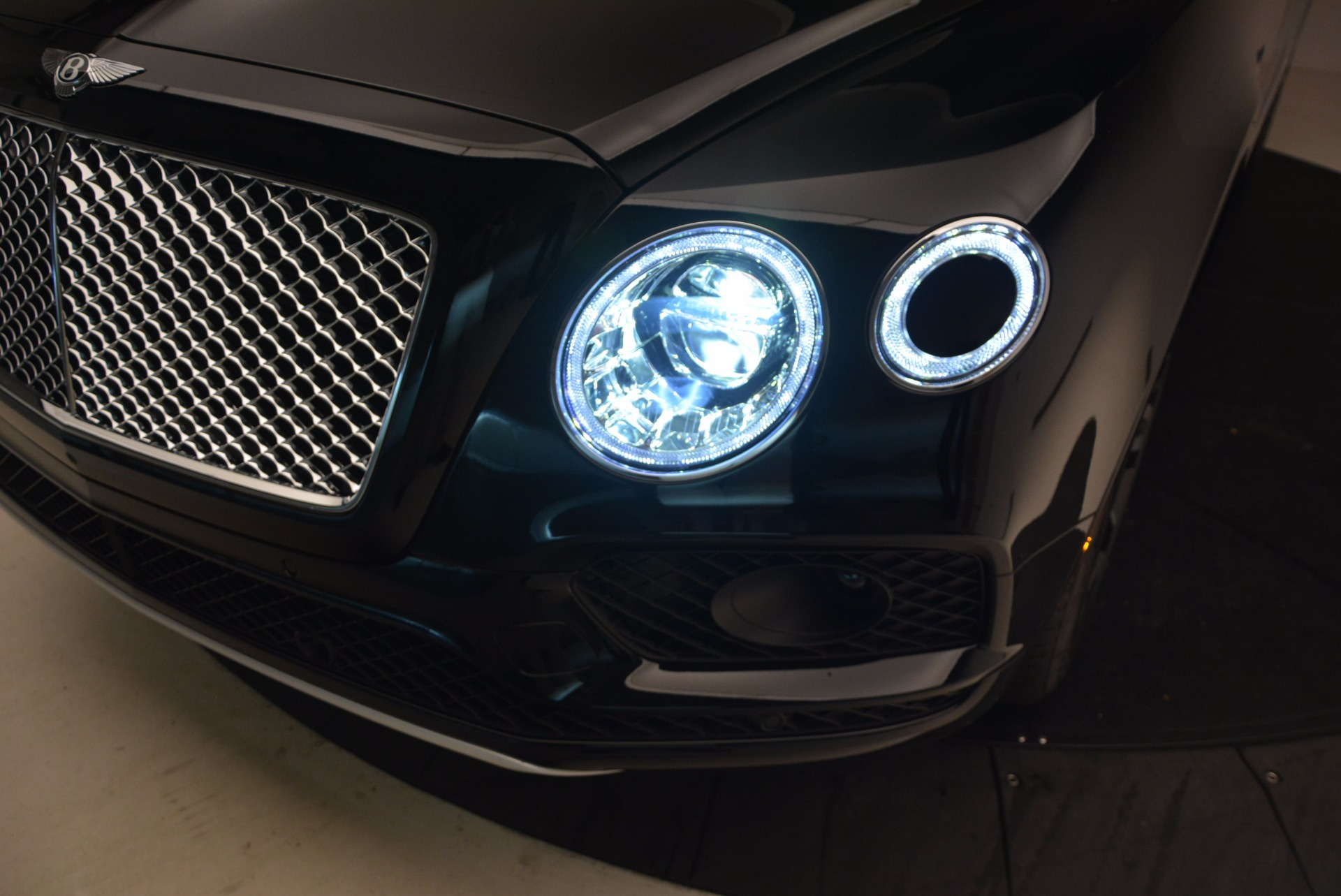 New 2018 Bentley Bentayga Onyx For Sale In Greenwich, CT 1428_p17
