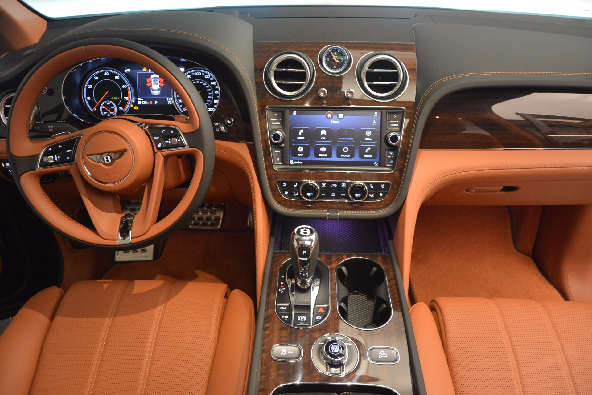 New 2018 Bentley Bentayga Onyx For Sale In Greenwich, CT 1428_p45
