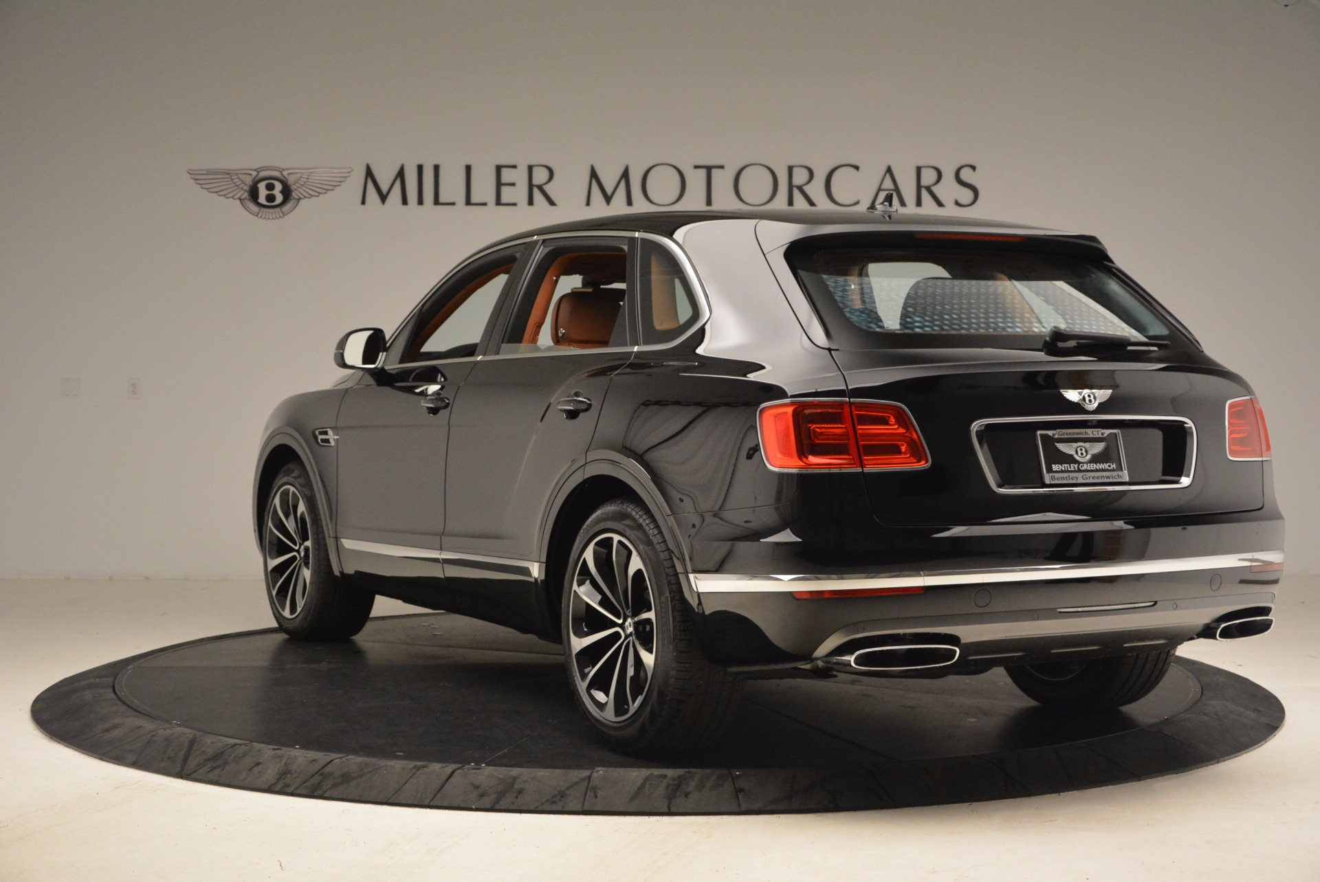 New 2018 Bentley Bentayga Onyx For Sale In Greenwich, CT 1428_p5