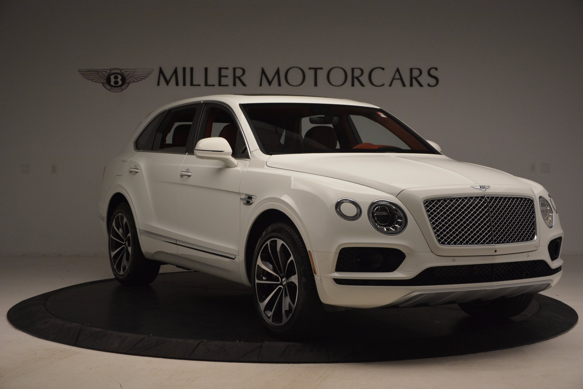 New 2018 Bentley Bentayga Onyx Edition For Sale In Greenwich, CT 1429_p11