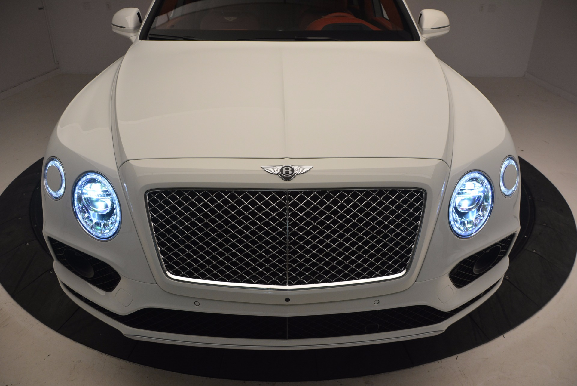 New 2018 Bentley Bentayga Onyx Edition For Sale In Greenwich, CT 1429_p16