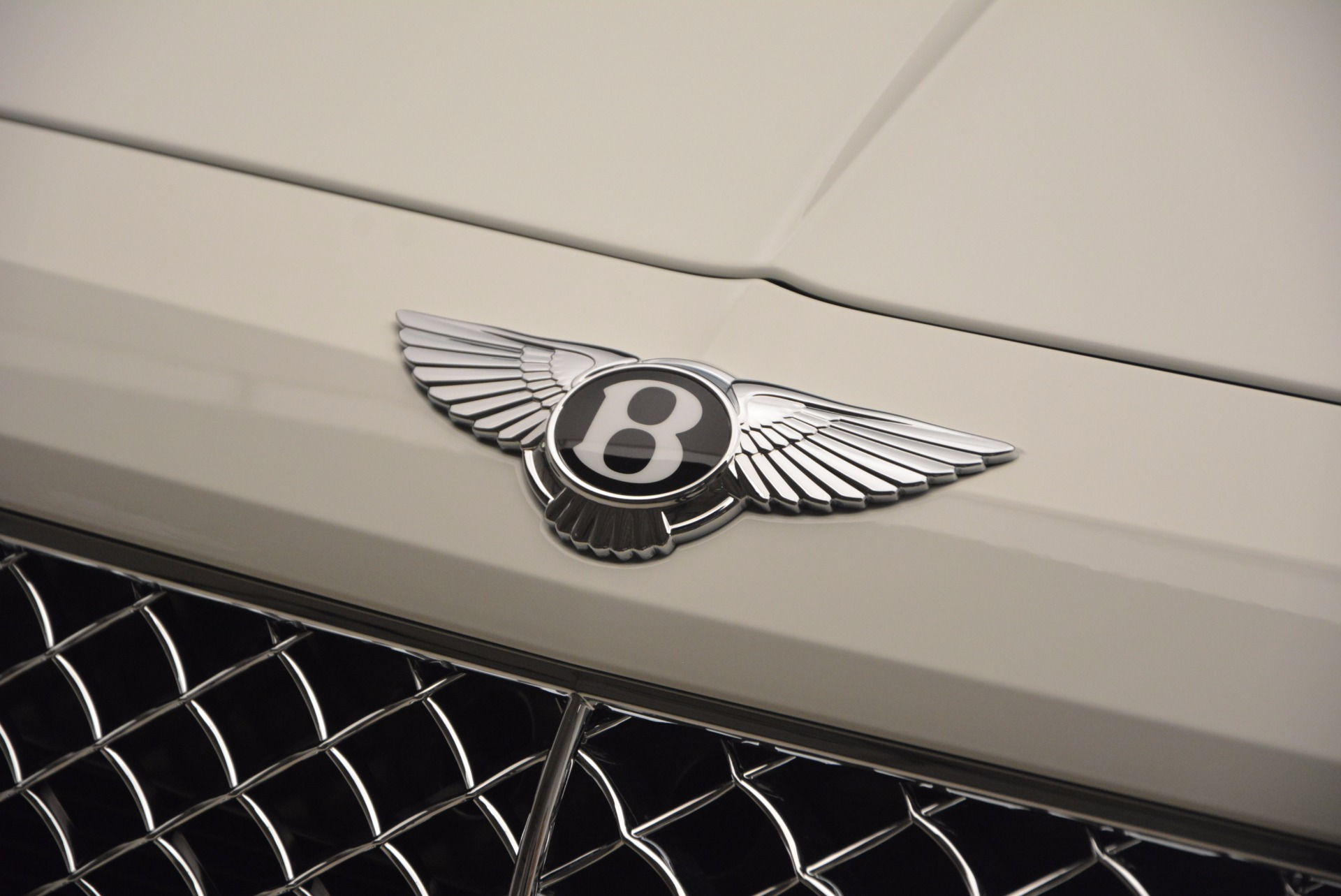 New 2018 Bentley Bentayga Onyx Edition For Sale In Greenwich, CT 1429_p18