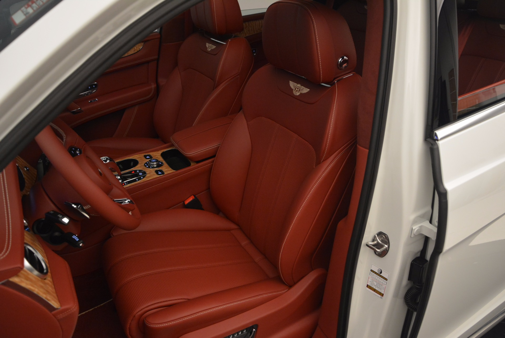 New 2018 Bentley Bentayga Onyx Edition For Sale In Greenwich, CT 1429_p25