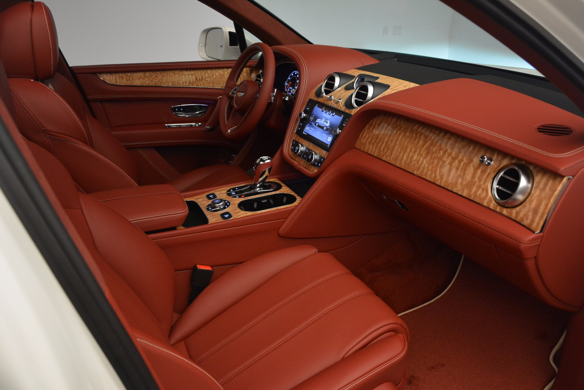 New 2018 Bentley Bentayga Onyx Edition For Sale In Greenwich, CT 1429_p40