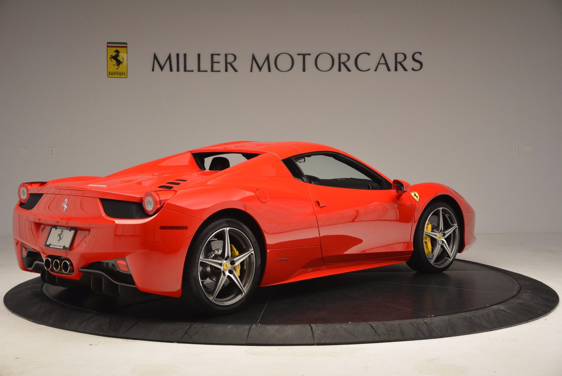 Used 2014 Ferrari 458 Spider  For Sale In Greenwich, CT 1430_p20