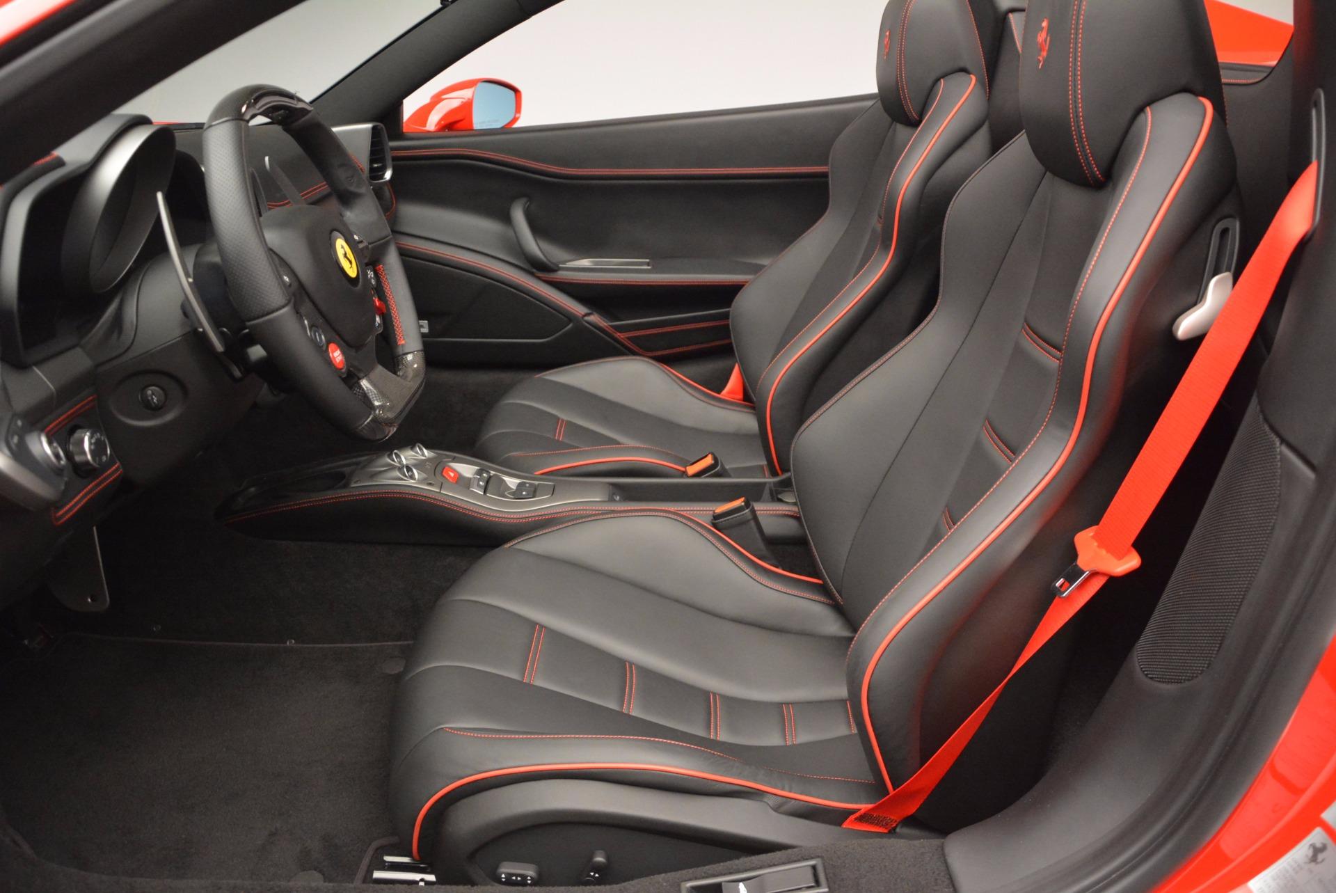 Used 2014 Ferrari 458 Spider  For Sale In Greenwich, CT 1430_p26