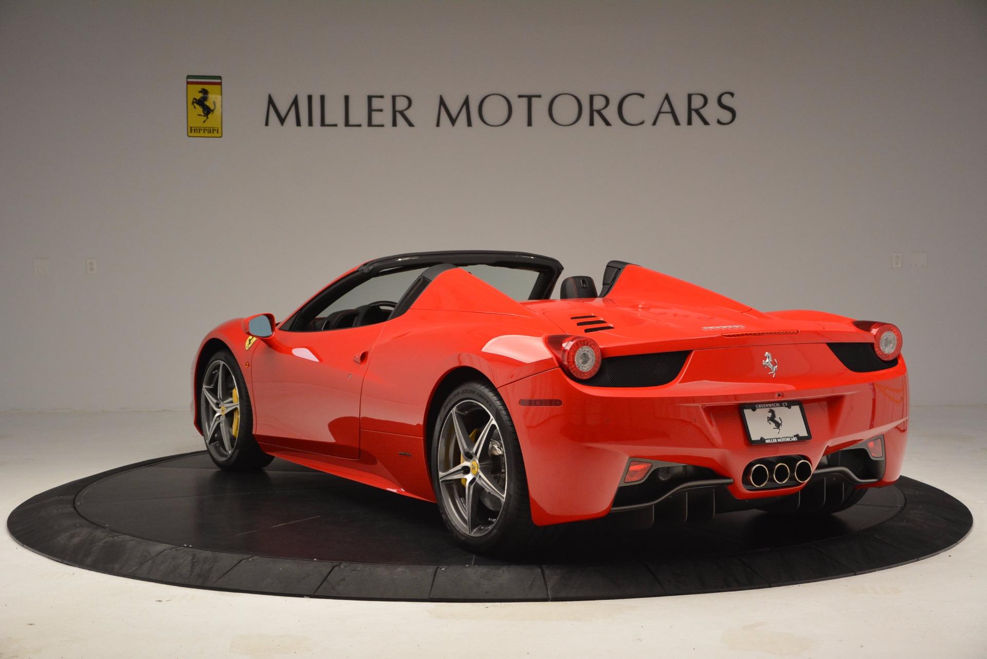 Used 2014 Ferrari 458 Spider  For Sale In Greenwich, CT 1430_p5