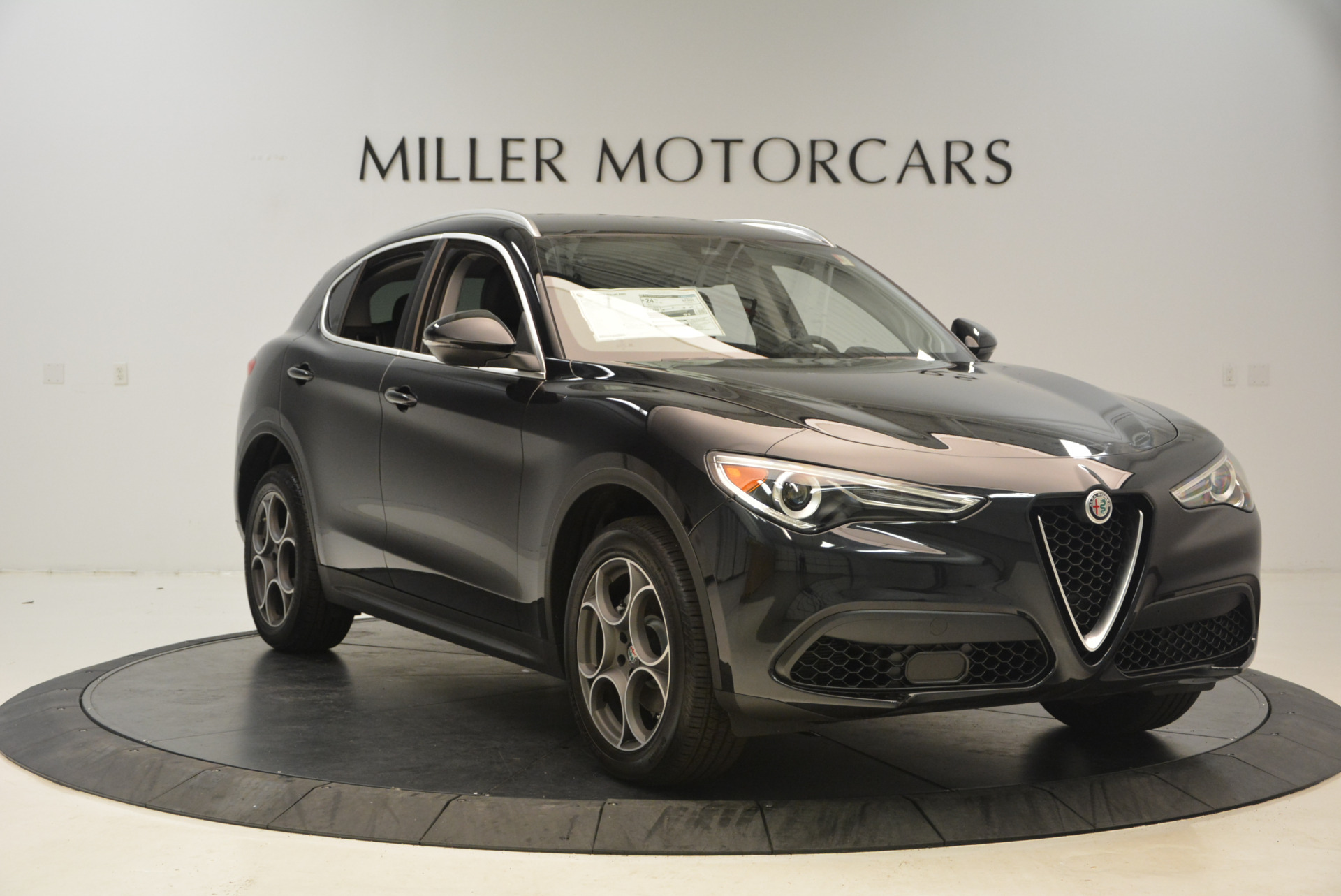 New 2018 Alfa Romeo Stelvio Q4 For Sale In Greenwich, CT 1441_p11