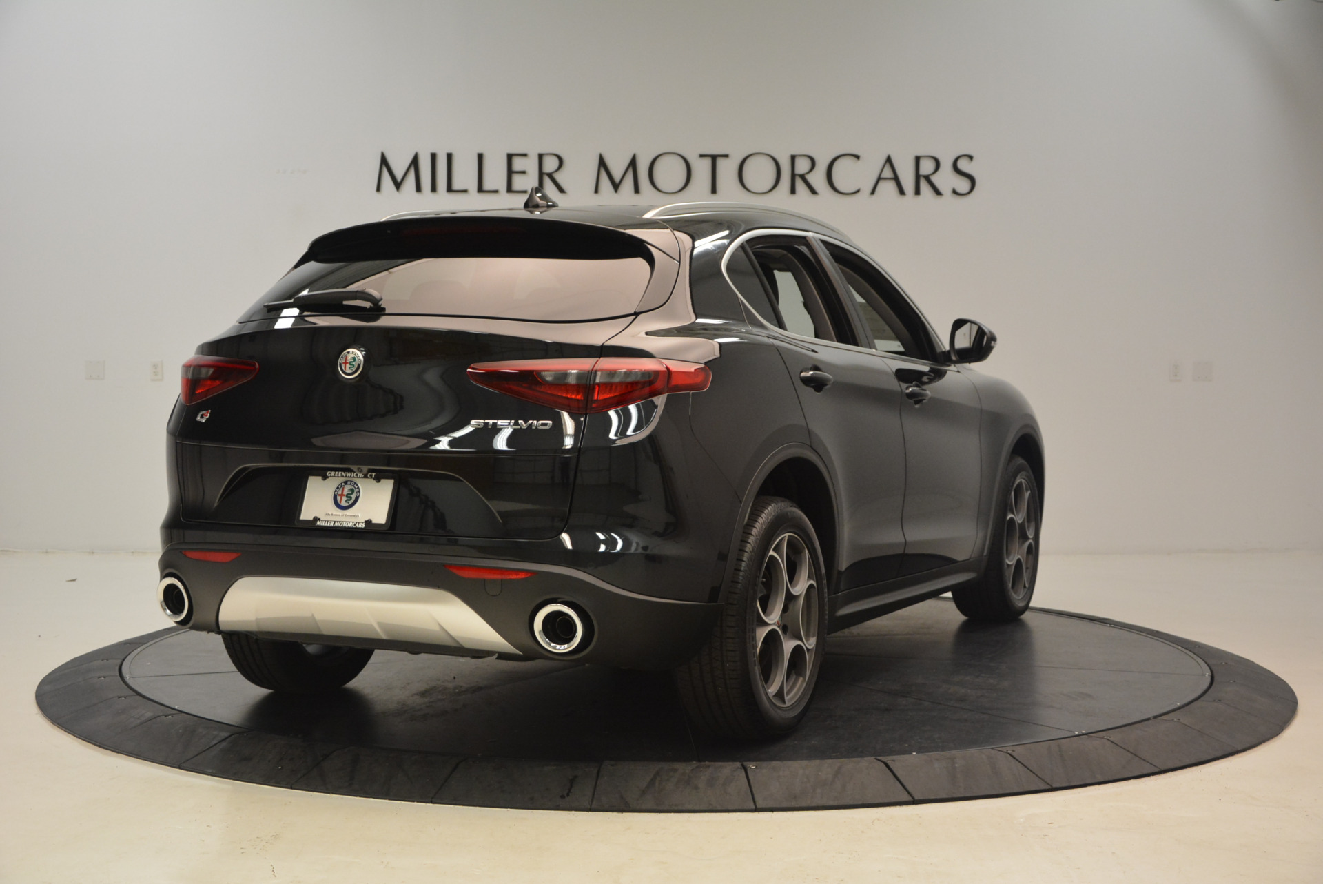 New 2018 Alfa Romeo Stelvio Q4 For Sale In Greenwich, CT 1441_p7