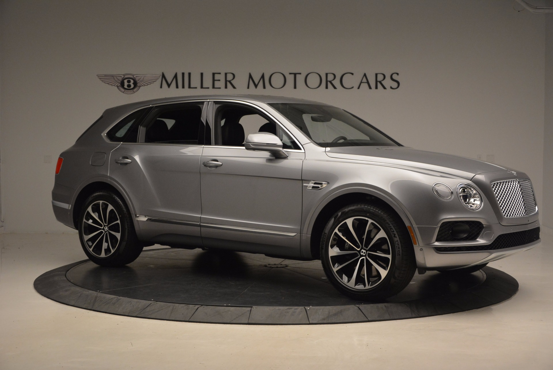 New 2018 Bentley Bentayga Onyx For Sale In Greenwich, CT 1446_p10