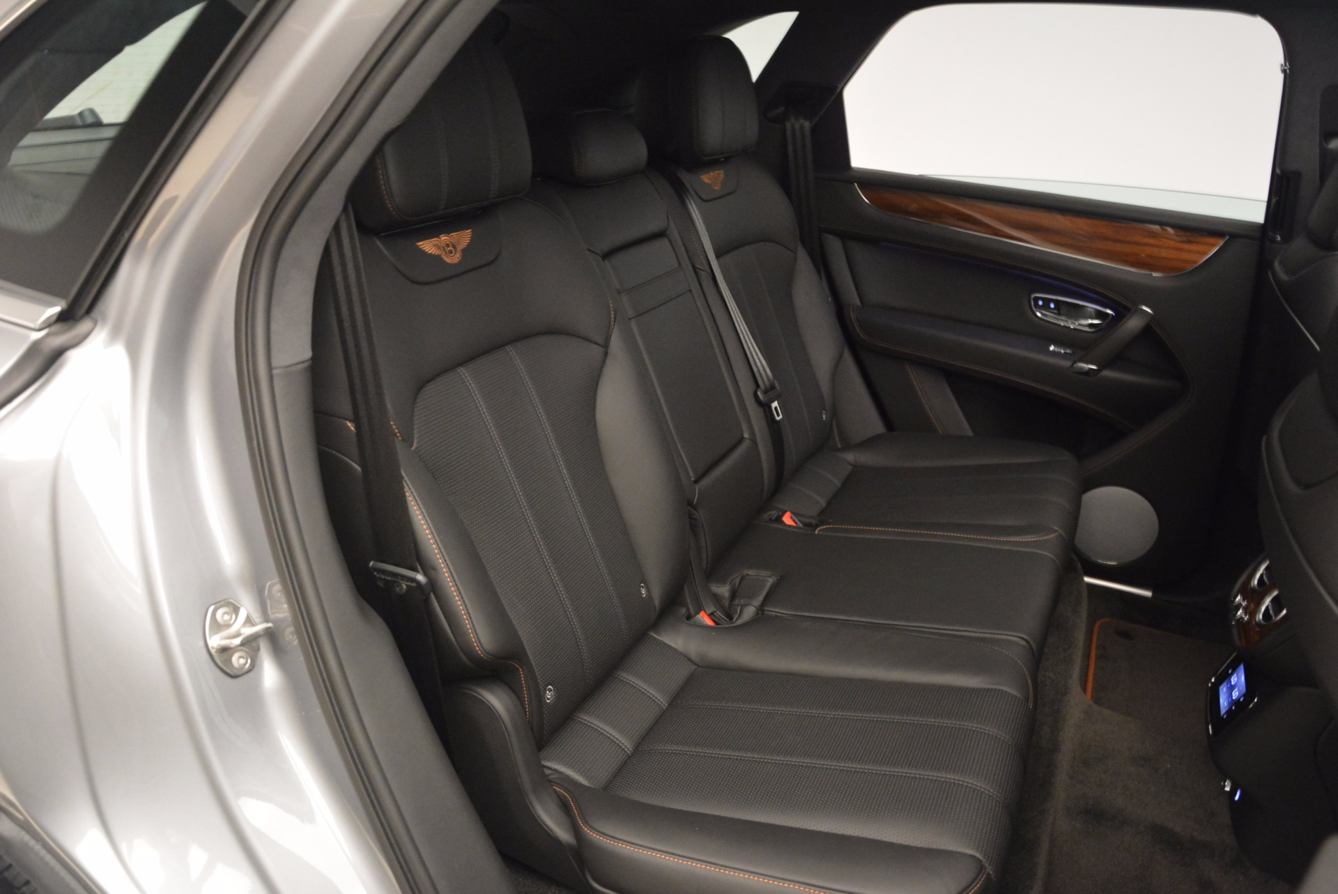 New 2018 Bentley Bentayga Onyx For Sale In Greenwich, CT 1446_p36