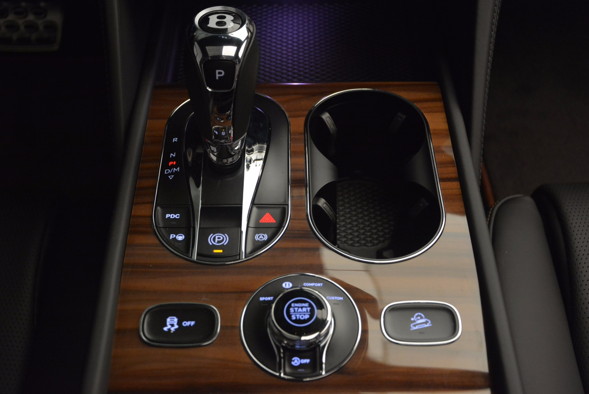 New 2018 Bentley Bentayga Onyx For Sale In Greenwich, CT 1446_p48
