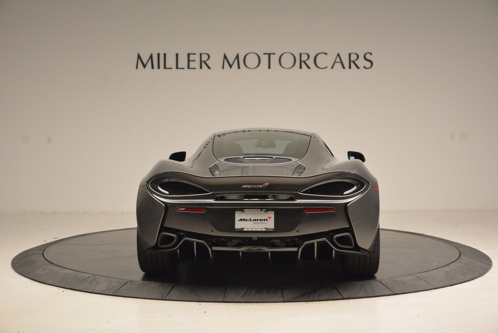 New 2017 McLaren 570GT  For Sale In Greenwich, CT 1451_p6