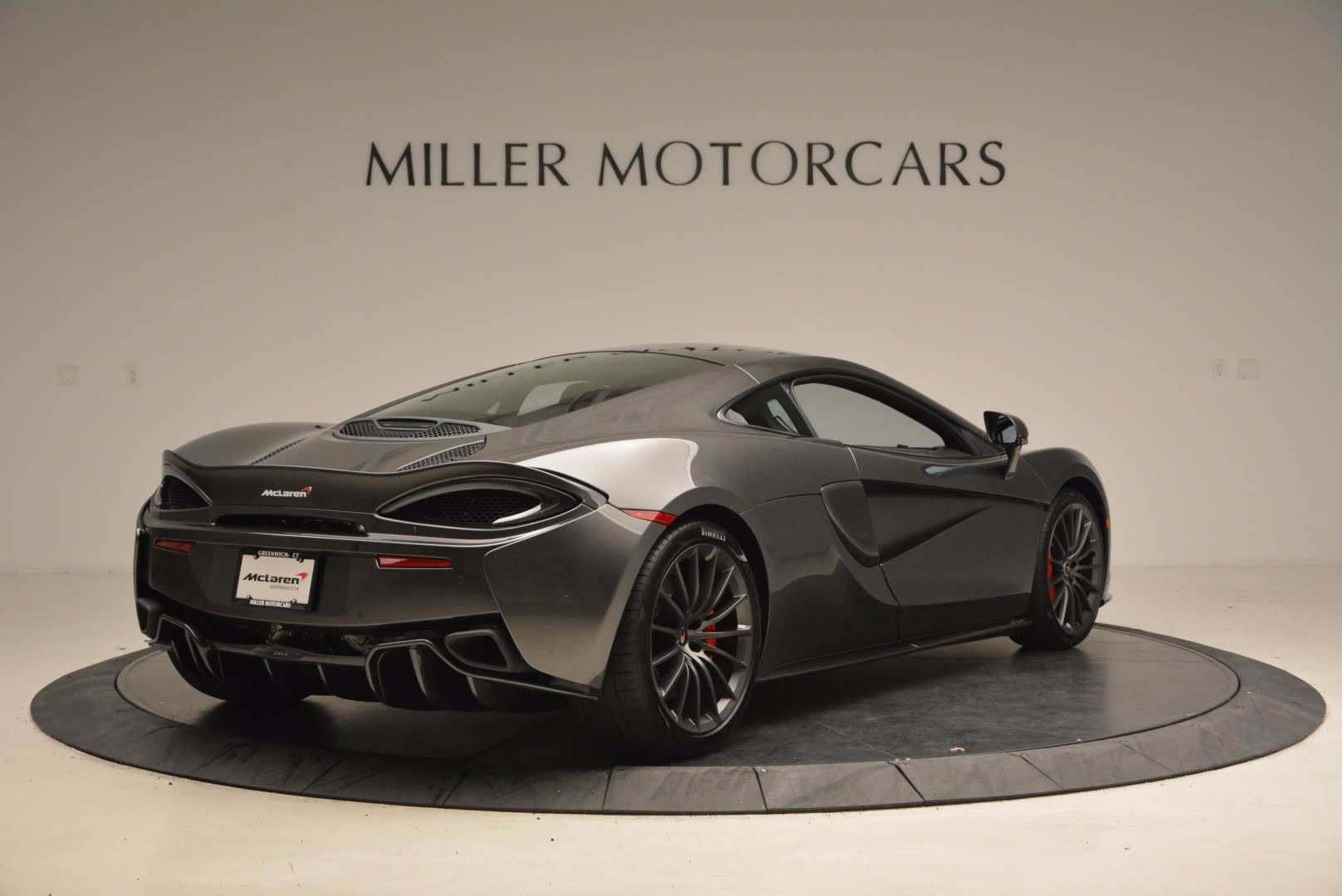New 2017 McLaren 570GT  For Sale In Greenwich, CT 1451_p7
