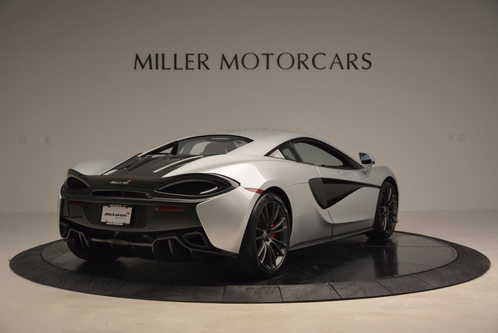 Used 2017 McLaren 570S  For Sale In Greenwich, CT 1453_p7