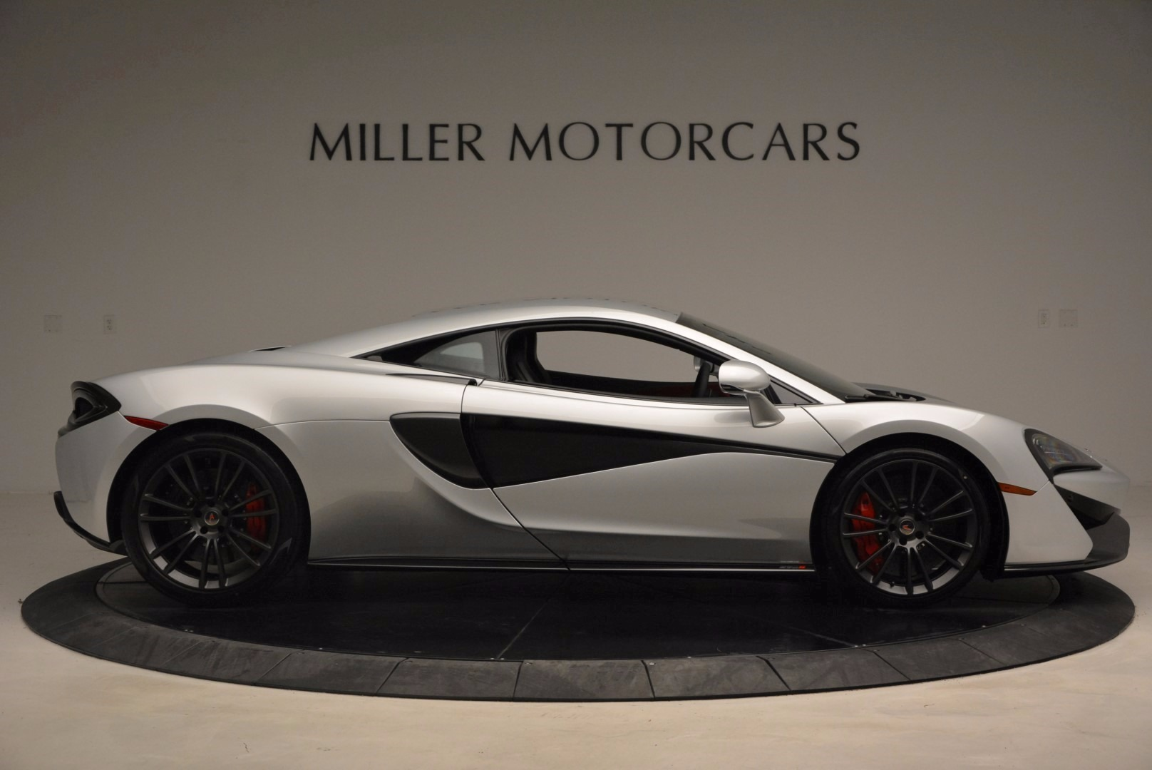 Used 2017 McLaren 570S  For Sale In Greenwich, CT 1453_p9