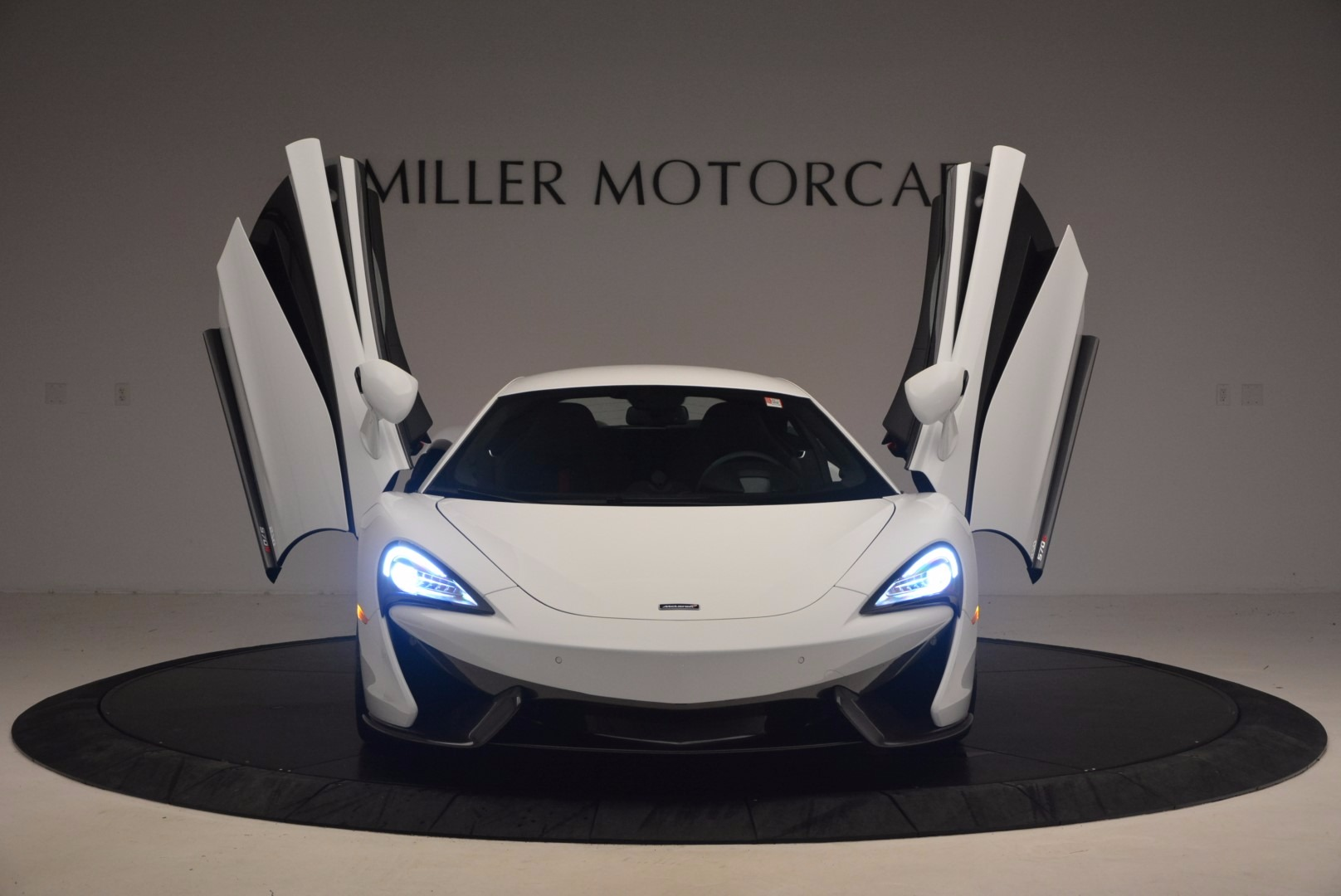 Used 2017 McLaren 570S  For Sale In Greenwich, CT 1454_p13
