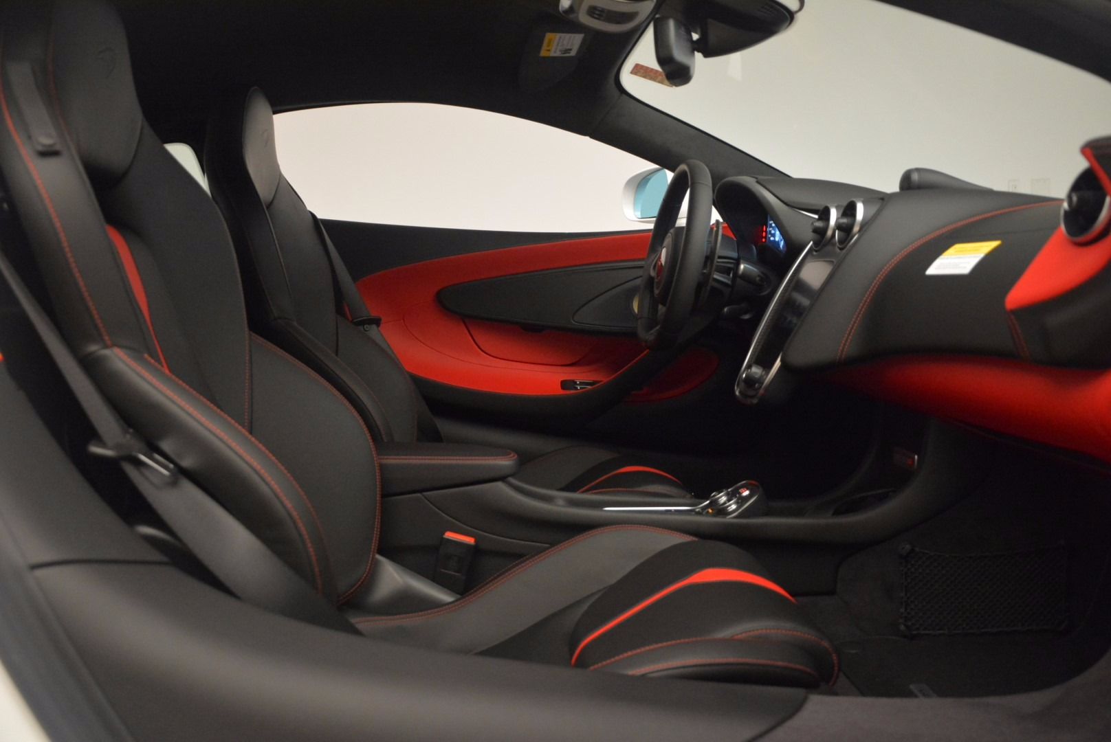 Used 2017 McLaren 570S  For Sale In Greenwich, CT 1454_p20