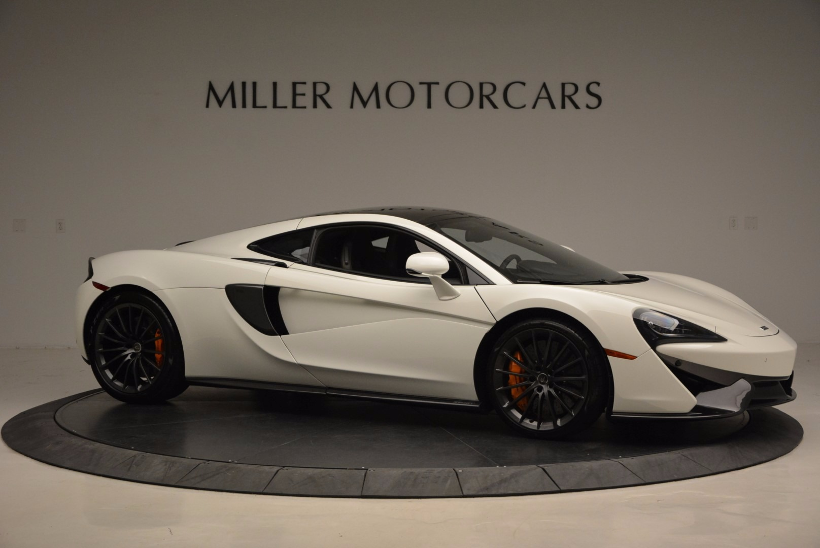 Used 2017 McLaren 570GT  For Sale In Greenwich, CT 1455_p10