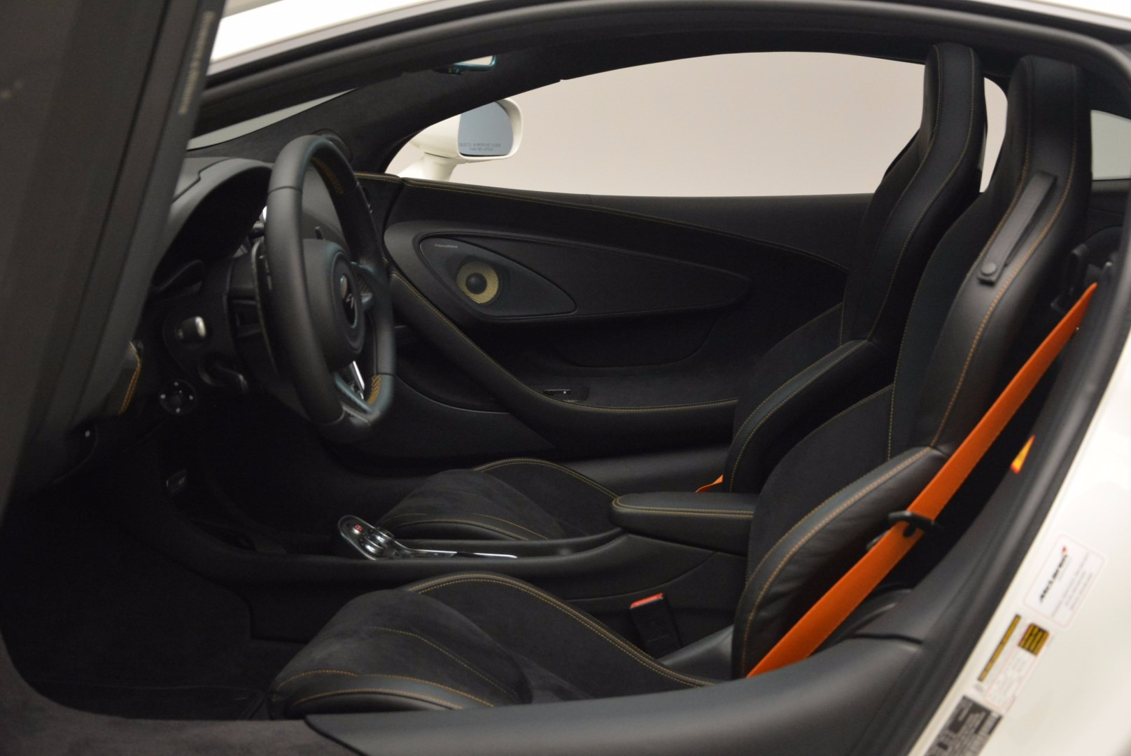 Used 2017 McLaren 570GT  For Sale In Greenwich, CT 1455_p16