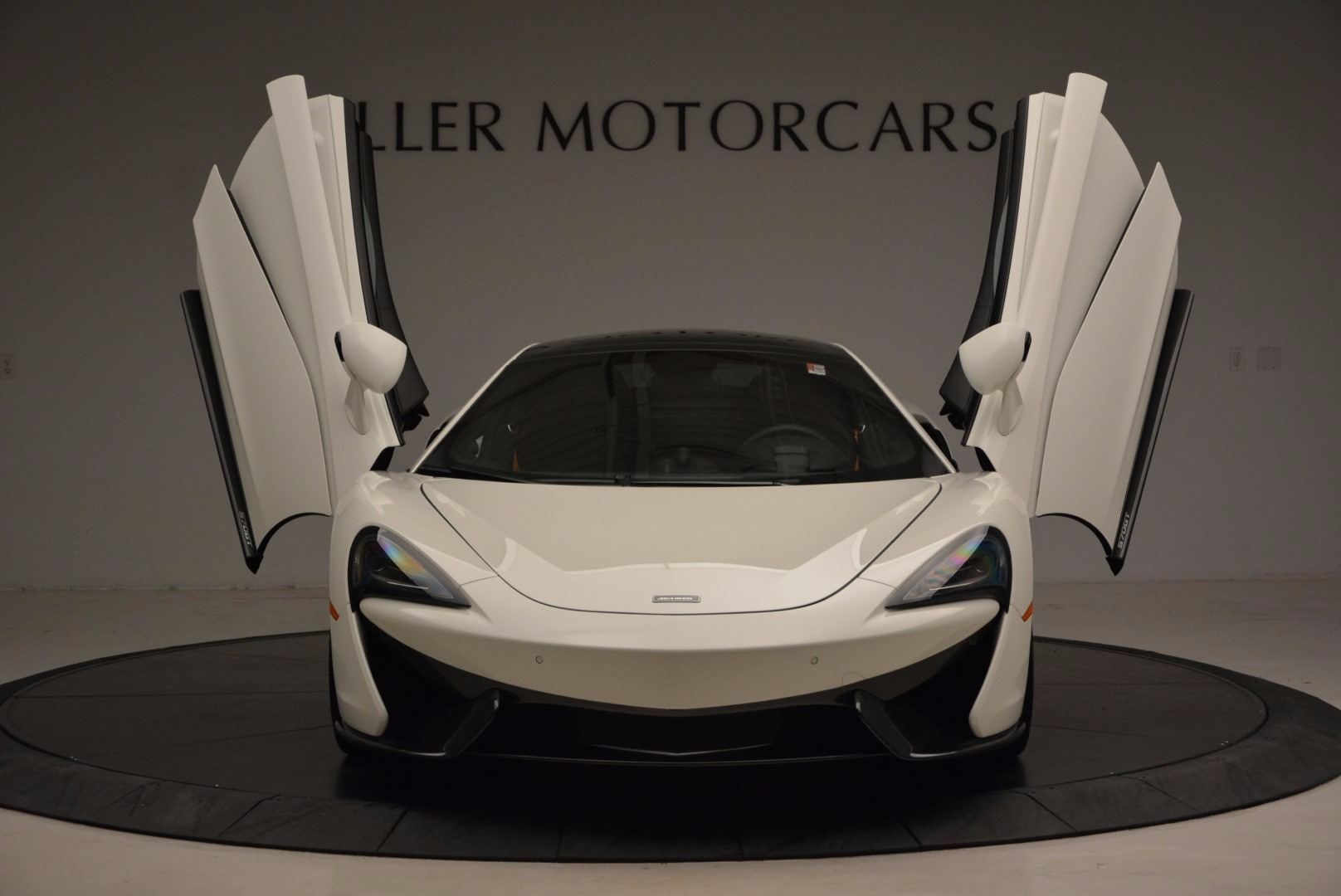 Used 2017 McLaren 570GT  For Sale In Greenwich, CT 1455_p22