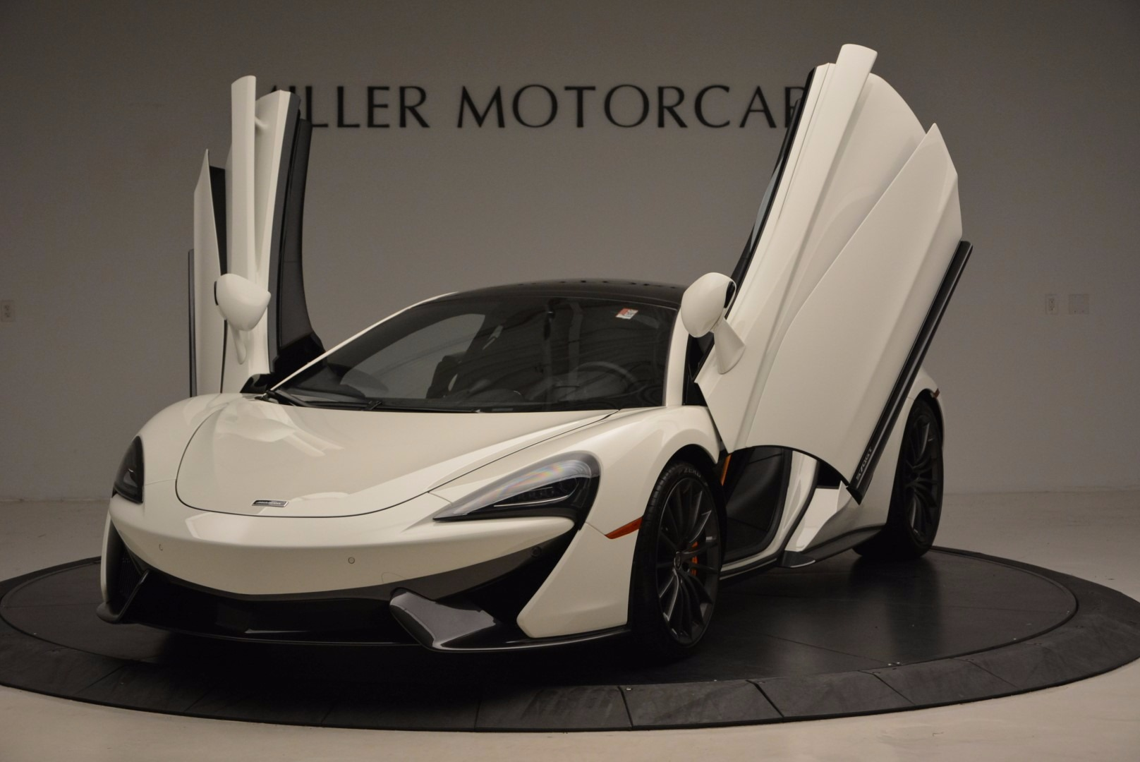 Used 2017 McLaren 570GT  For Sale In Greenwich, CT 1455_p23