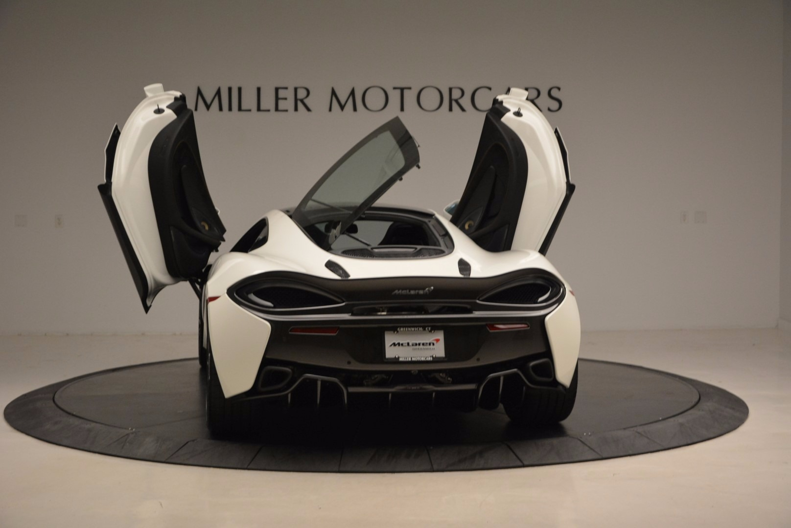 Used 2017 McLaren 570GT  For Sale In Greenwich, CT 1455_p25