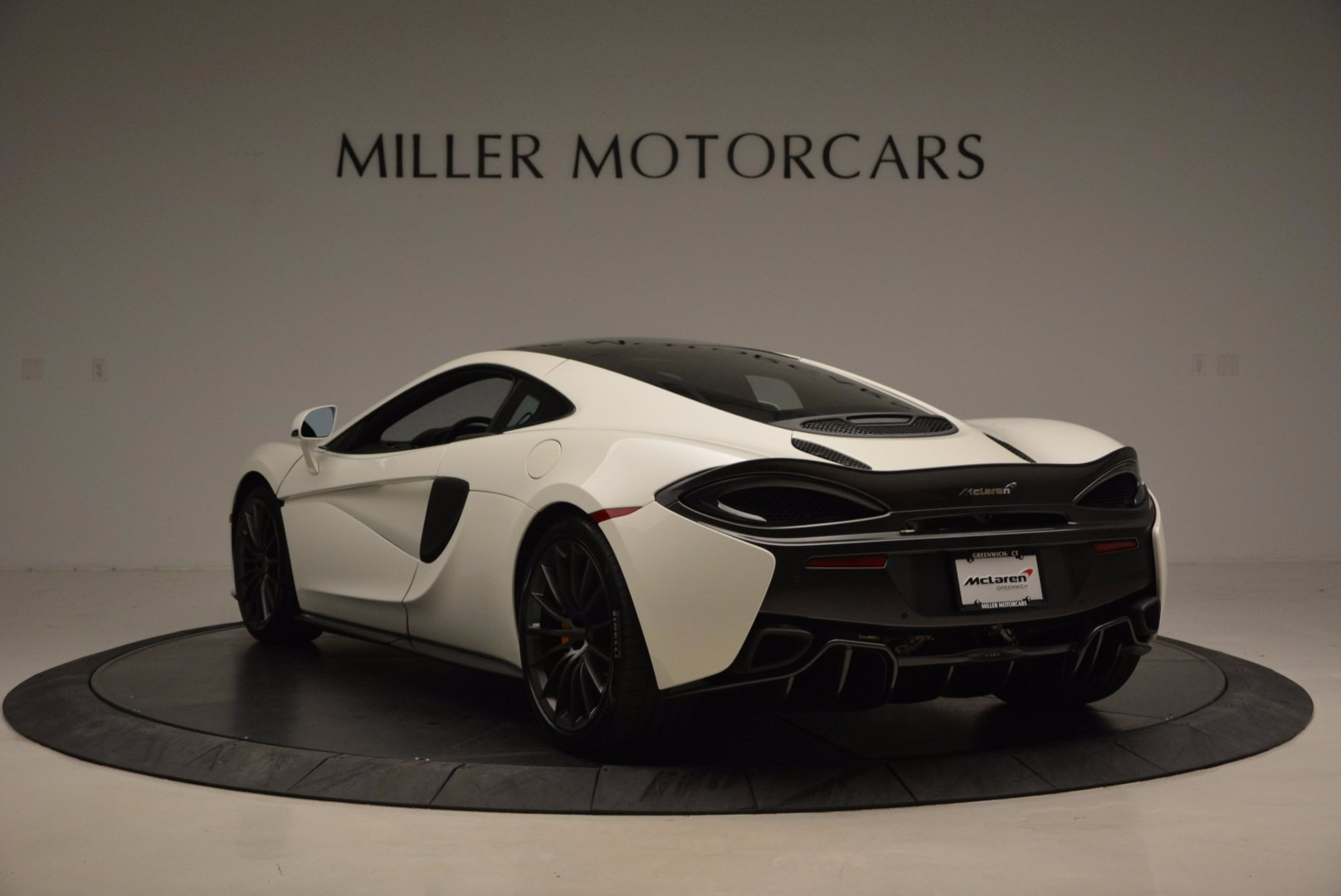 Used 2017 McLaren 570GT  For Sale In Greenwich, CT 1455_p5