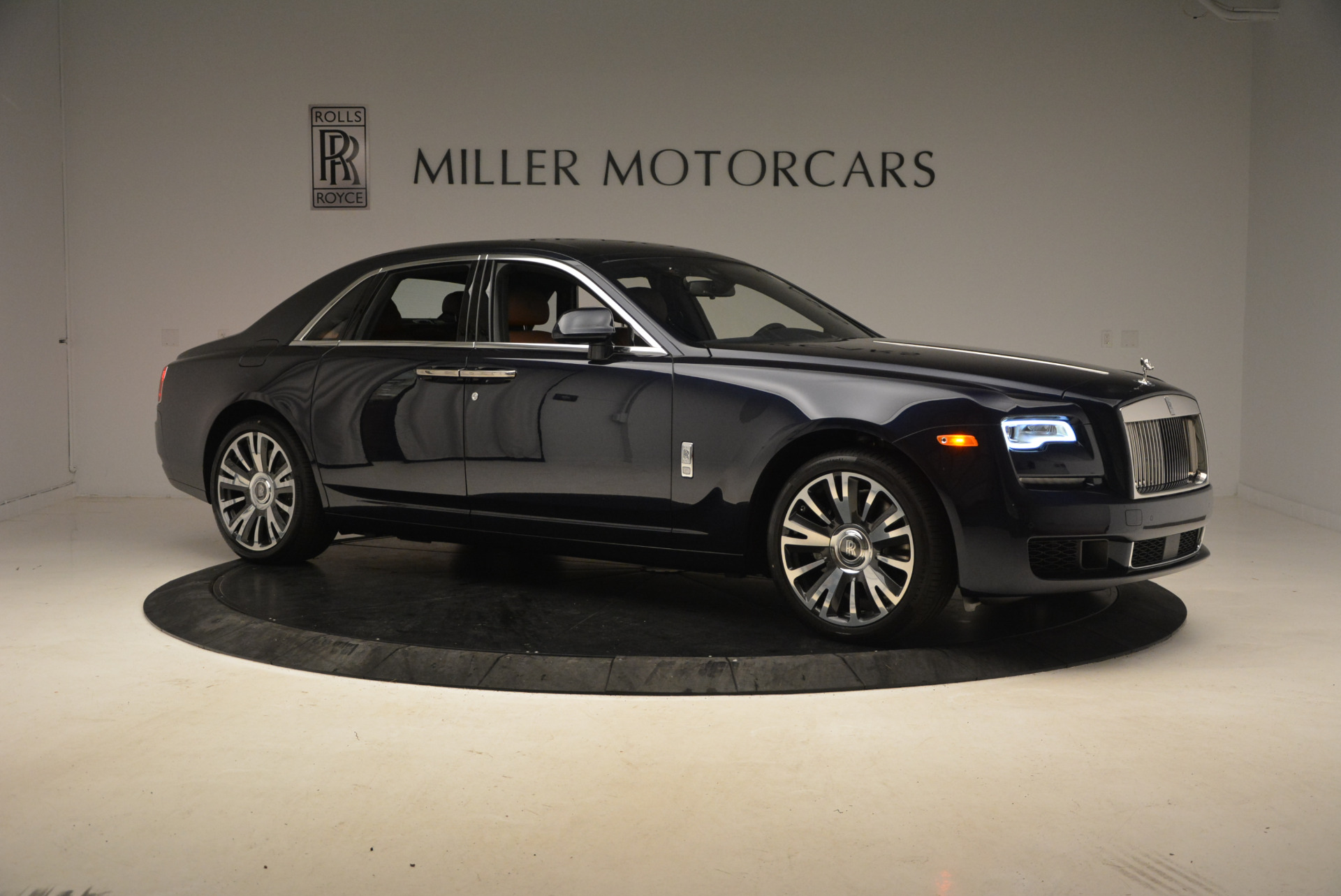 New 2018 Rolls-Royce Ghost  For Sale In Greenwich, CT 1457_p10
