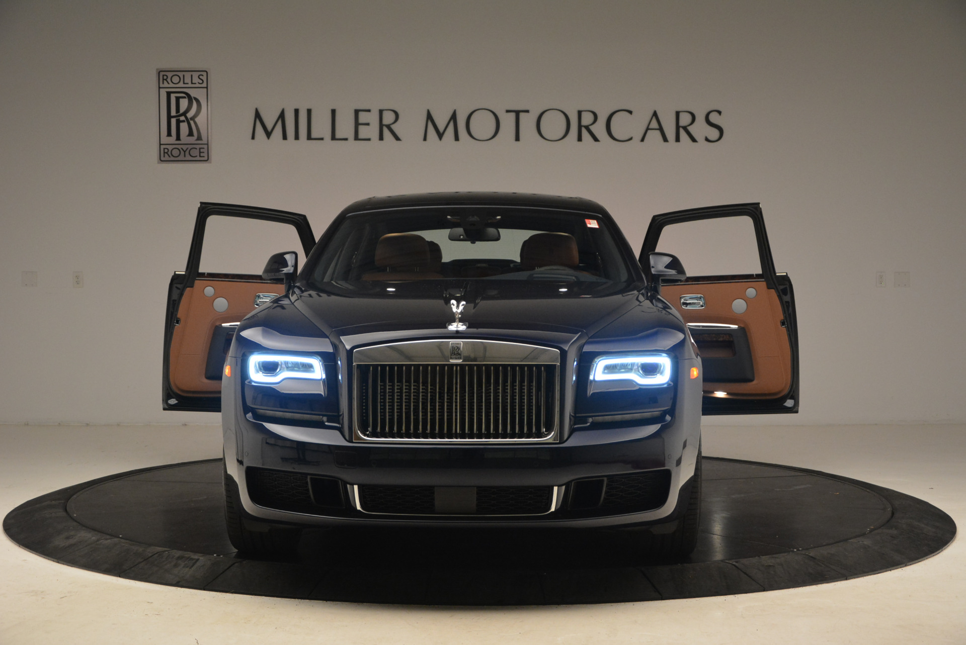 New 2018 Rolls-Royce Ghost  For Sale In Greenwich, CT 1457_p15