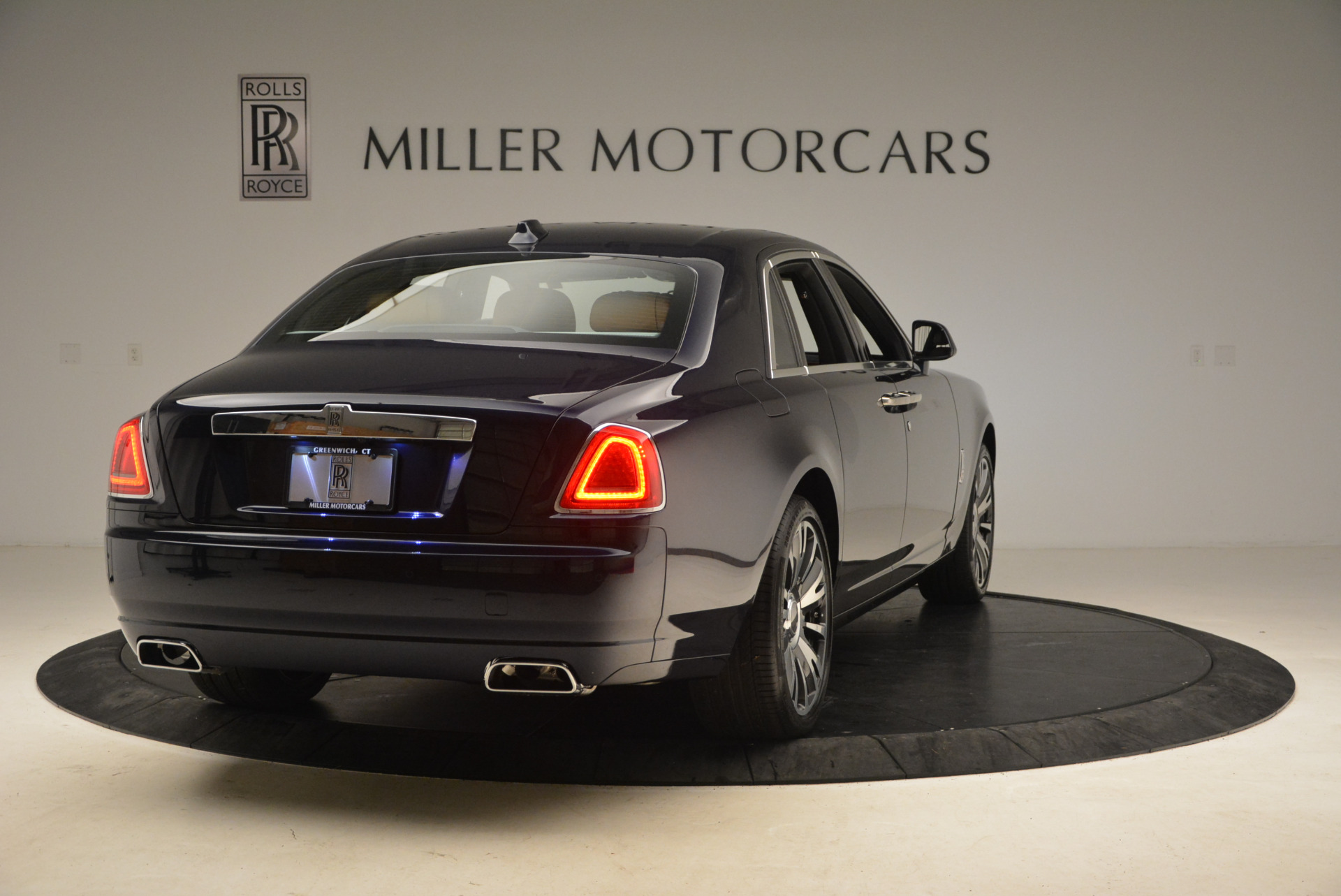 New 2018 Rolls-Royce Ghost  For Sale In Greenwich, CT 1457_p7