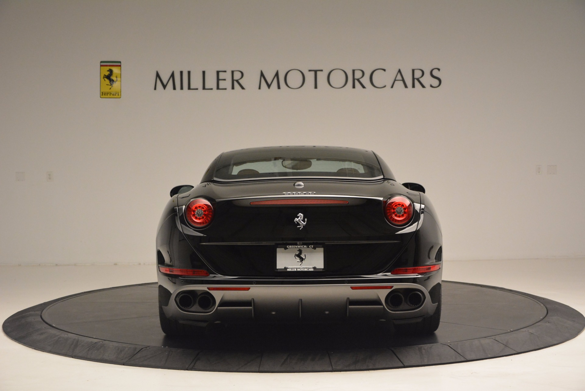 Used 2016 Ferrari California T Handling Speciale For Sale In Greenwich, CT 1458_p18