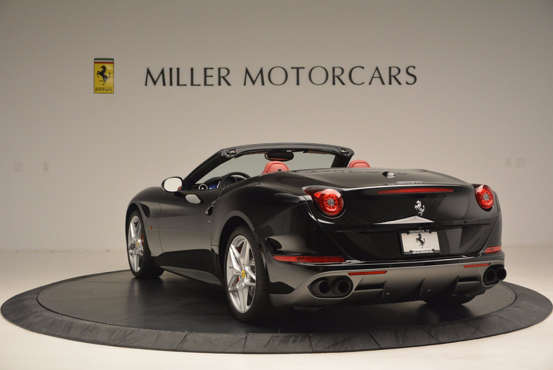 Used 2016 Ferrari California T Handling Speciale For Sale In Greenwich, CT 1458_p5