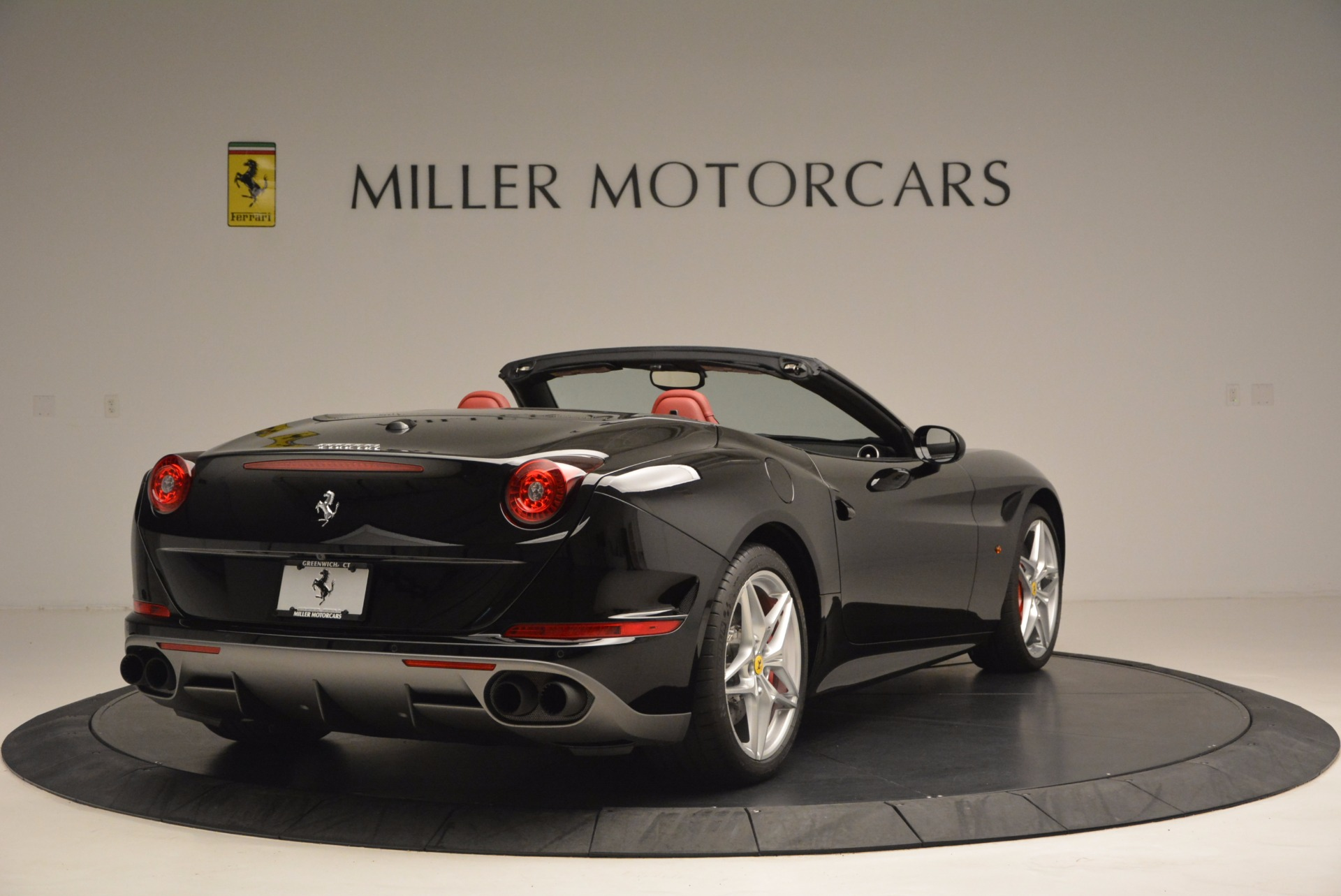 Used 2016 Ferrari California T Handling Speciale For Sale In Greenwich, CT 1458_p7