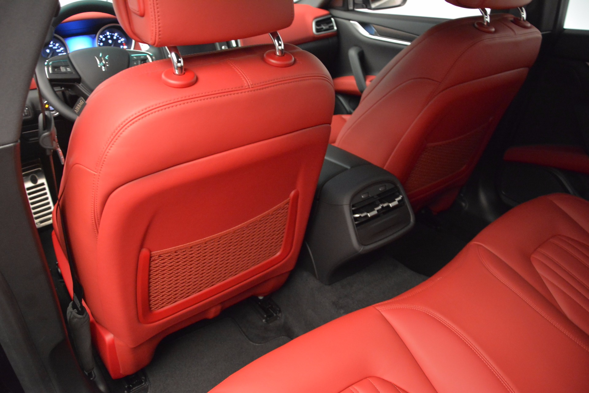 Used 2014 Maserati Ghibli S Q4 For Sale In Greenwich, CT 1459_p17