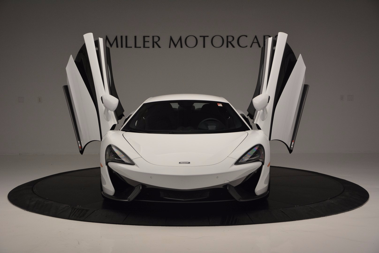 Used 2016 McLaren 570S  For Sale In Greenwich, CT 1464_p13